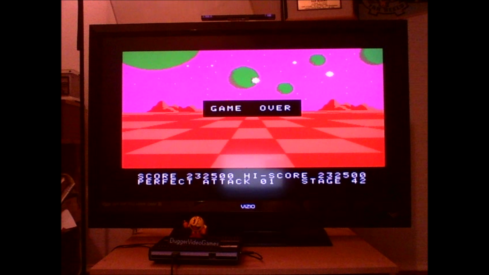 DuggerVideoGames: A.E. (Colecovision Emulated) 232,500 points on 2016-07-13 01:56:06