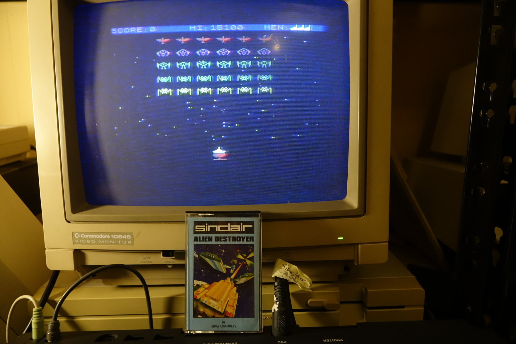 plus4punk: Alien Destroyer (ZX Spectrum) 15,100 points on 2020-05-20 16:36:19