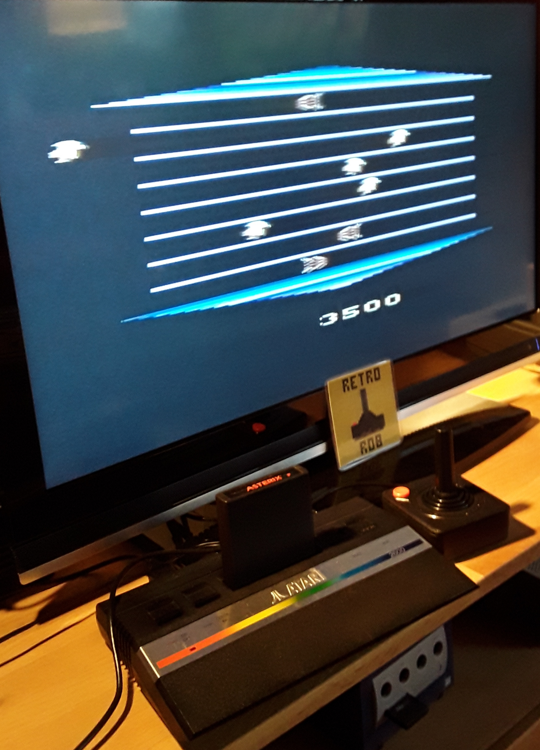 RetroRob: Asterix (Atari 2600) 3,500 points on 2018-12-15 03:11:55