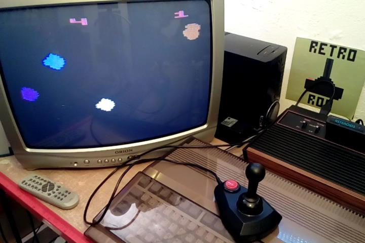 RetroRob: Asteroids: Game 4 (Atari 2600 Novice/B) 17,750 points on 2020-03-26 06:39:19