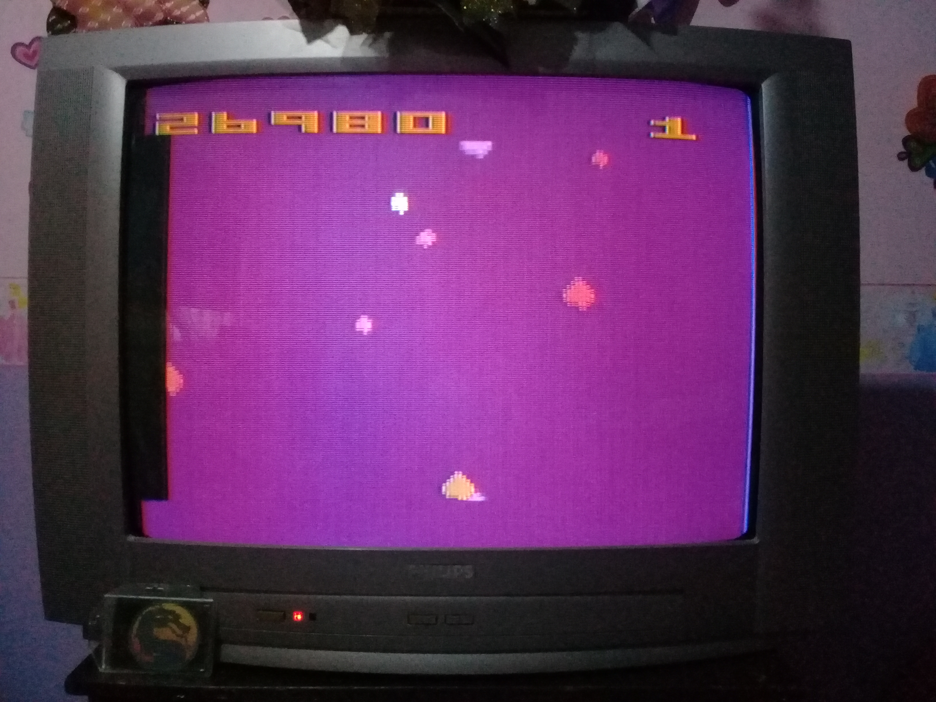 omargeddon: Asteroids: Game 6 (Atari 2600 Expert/A) 26,980 points on 2020-02-26 17:40:53