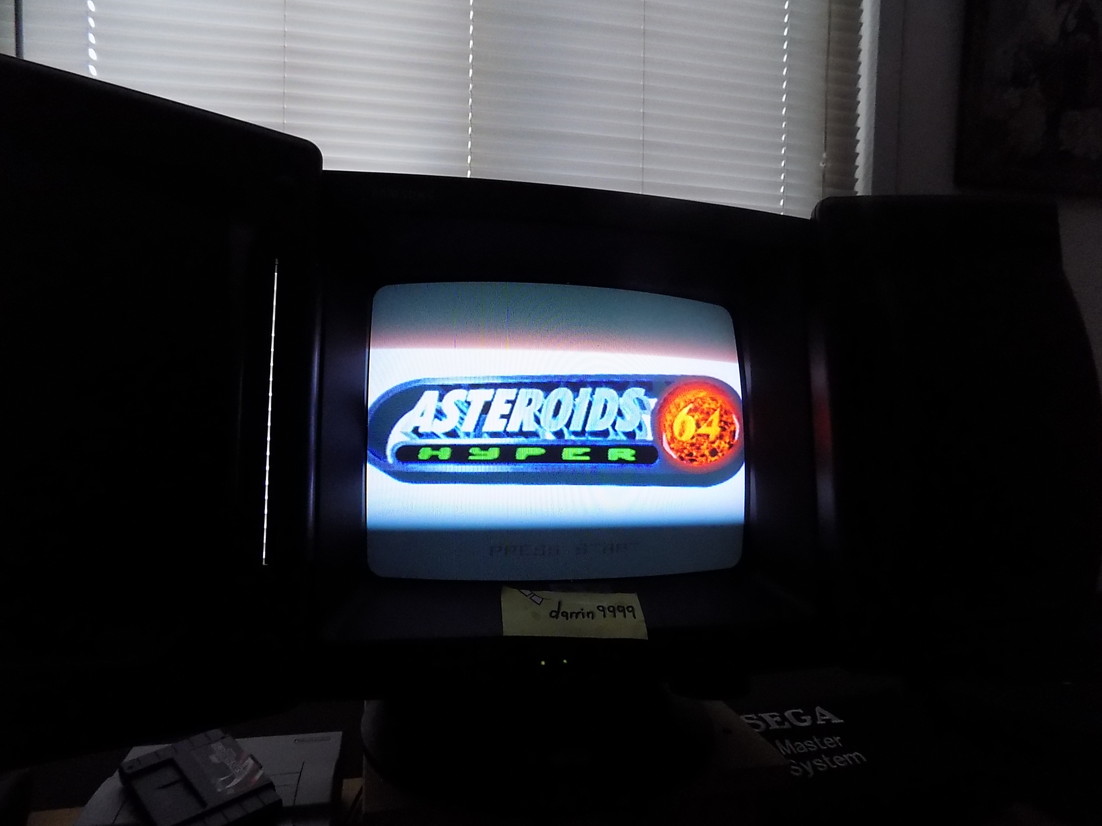 darrin9999: Asteroids Hyper 64: Normal (N64) 40,230 points on 2019-01-27 13:37:48