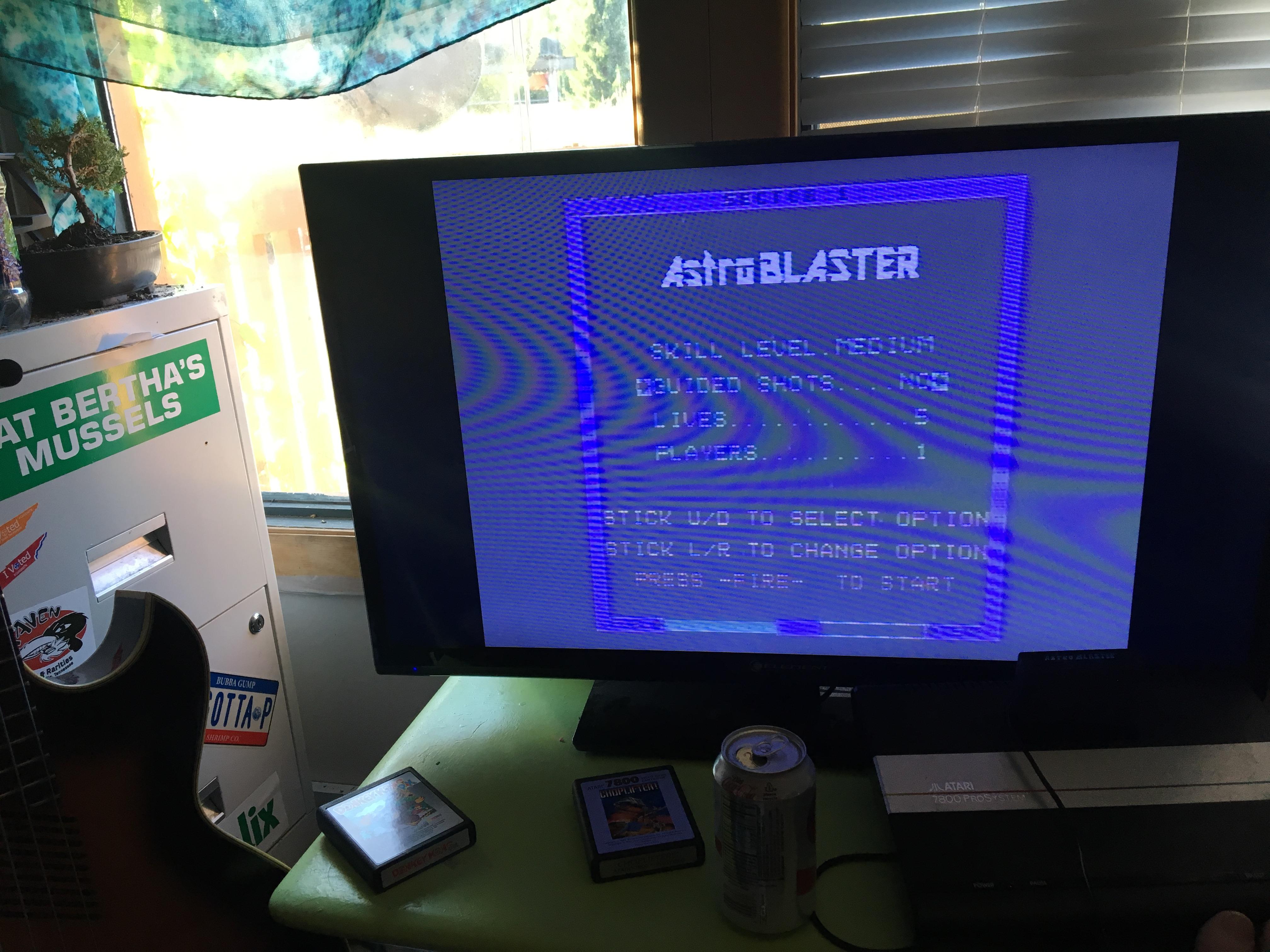 Astro Blaster [Medium/5 Lives] 20,010 points