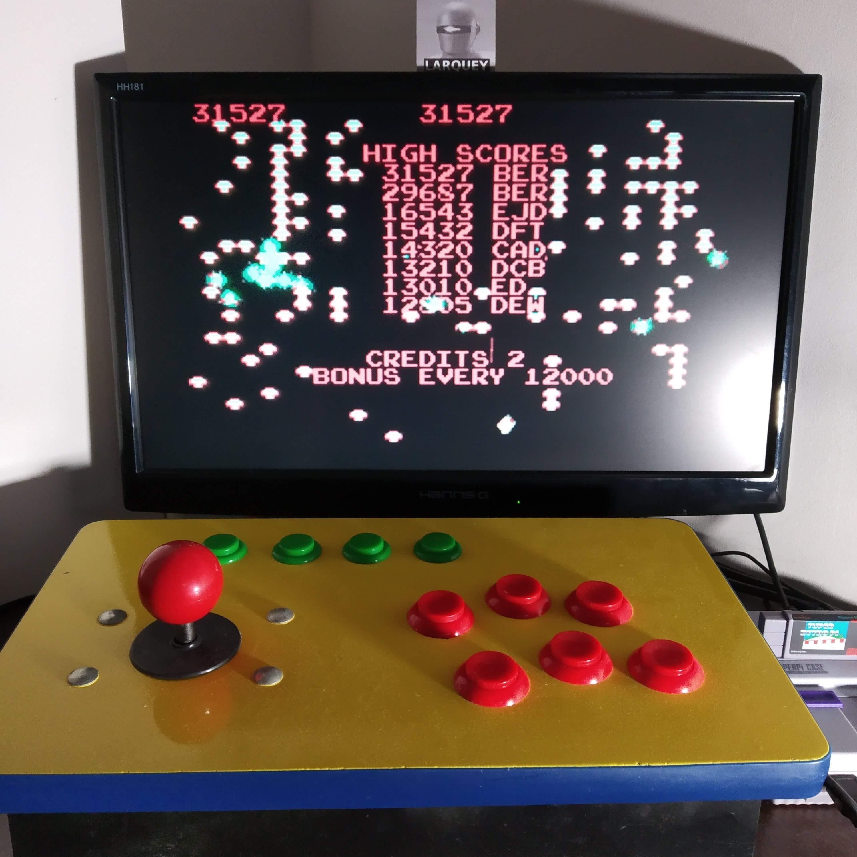 Larquey: Atari Anniversary Advance: Centipede (GBA Emulated) 31,527 points on 2020-09-08 12:43:18