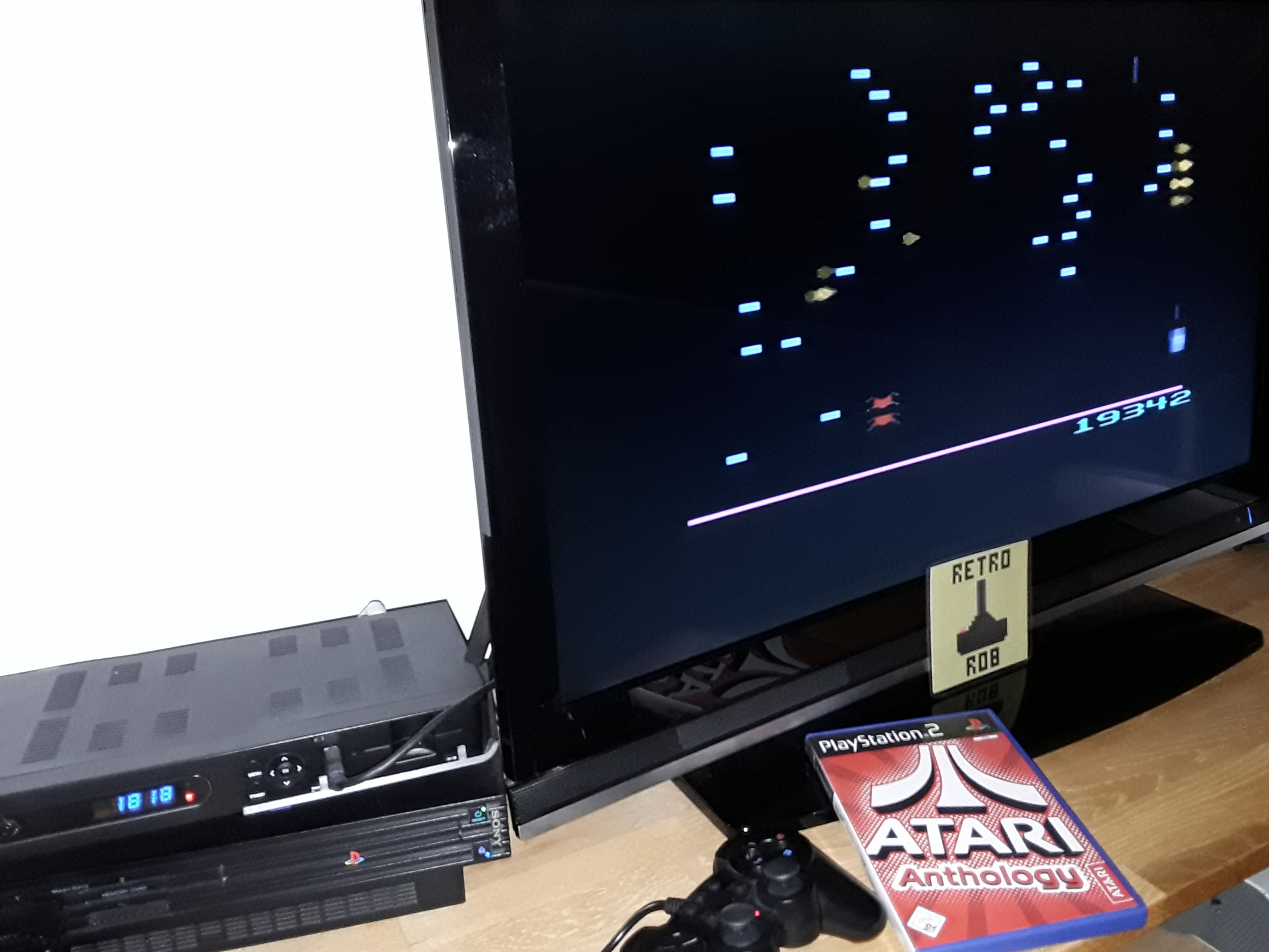 Atari Anthology: Centipede - Home Version 19,342 points