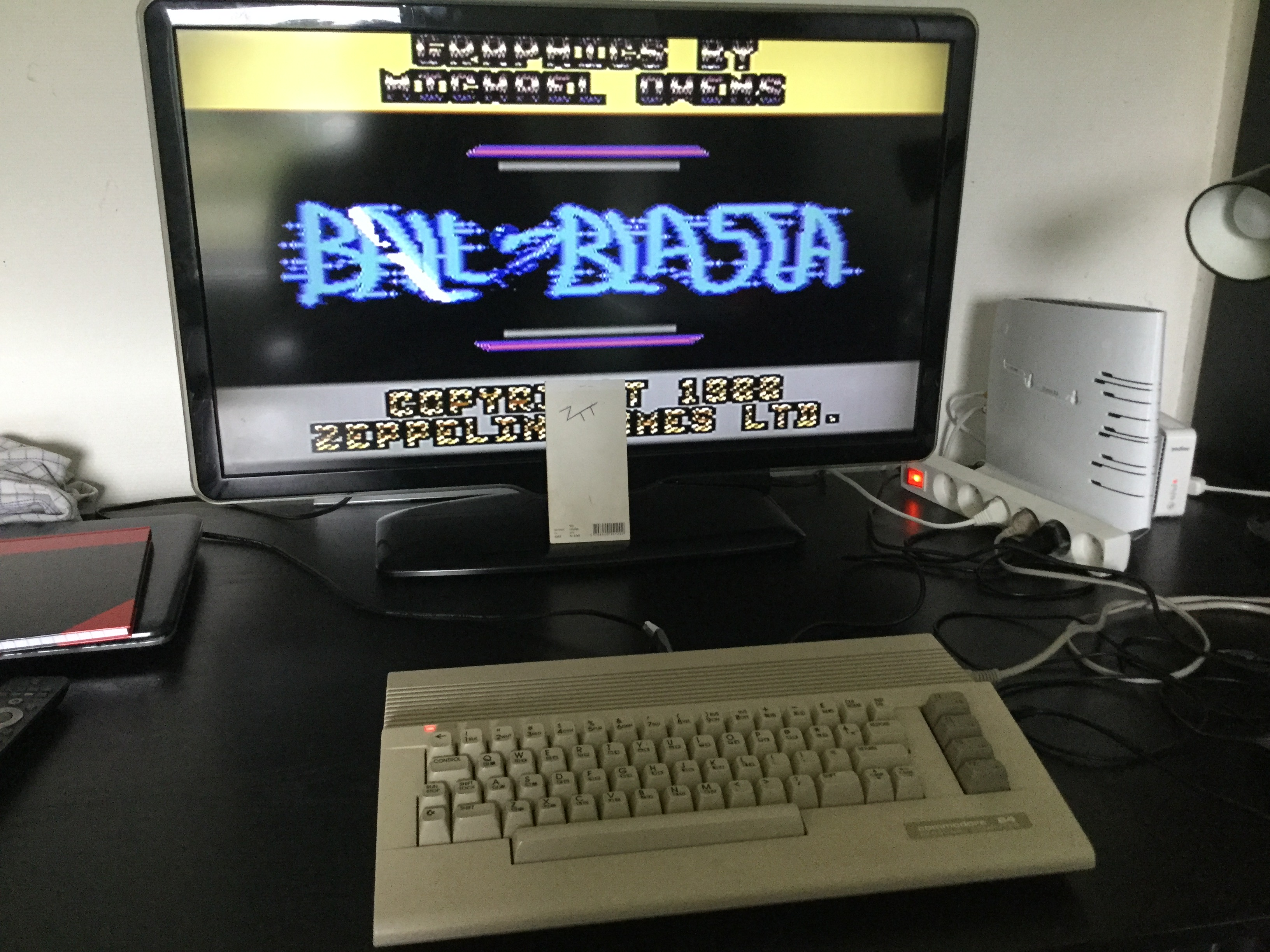 Frankie: Ball Blasta (Commodore 64) 3,350 points on 2019-06-08 12:06:31