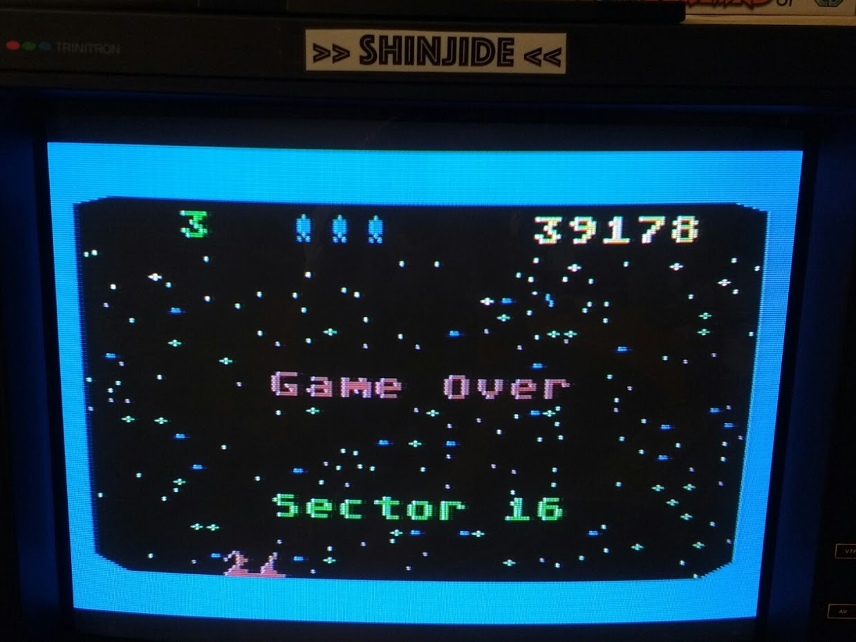 SHiNjide: Beamrider (Atari 400/800/XL/XE) 39,178 points on 2015-10-09 04:25:25