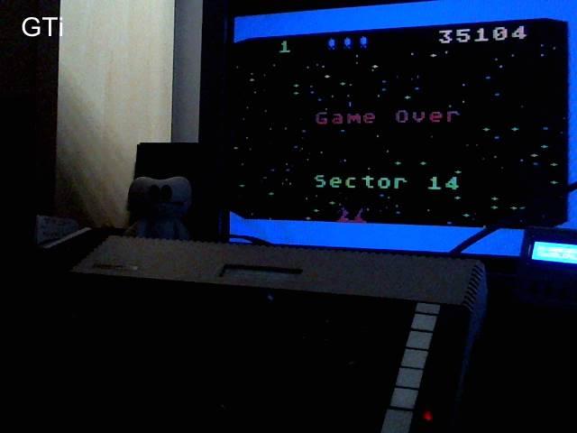 GTibel: Beamrider (Atari 400/800/XL/XE) 35,104 points on 2017-10-23 13:44:53