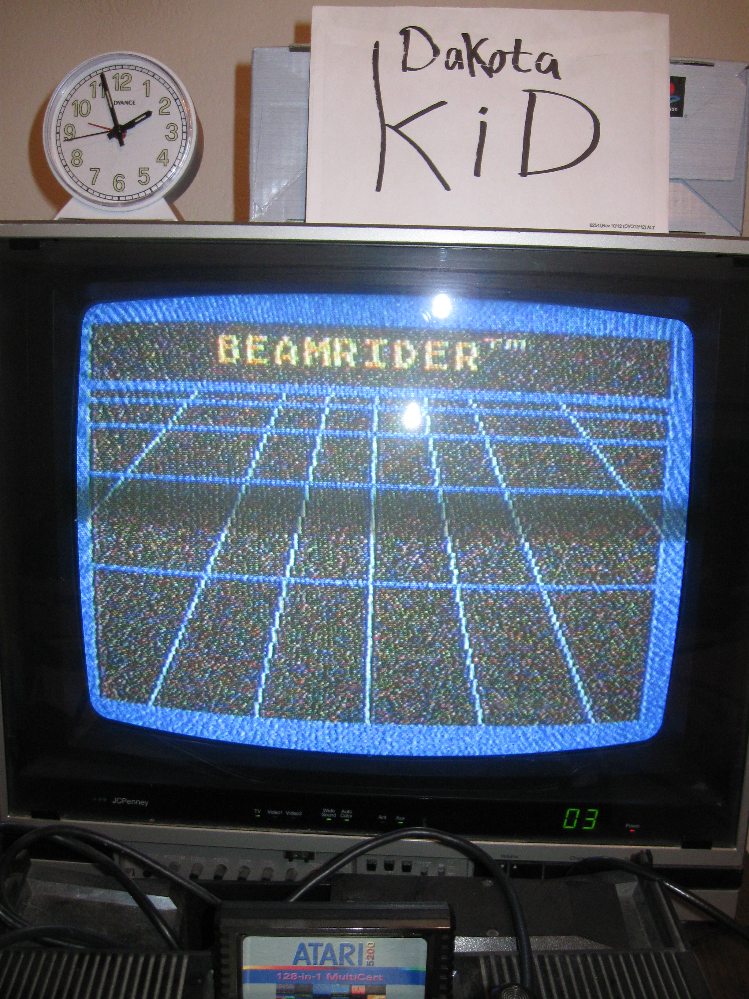 DakotaKid: Beamrider (Atari 5200) 21,074 points on 2016-04-16 16:54:04