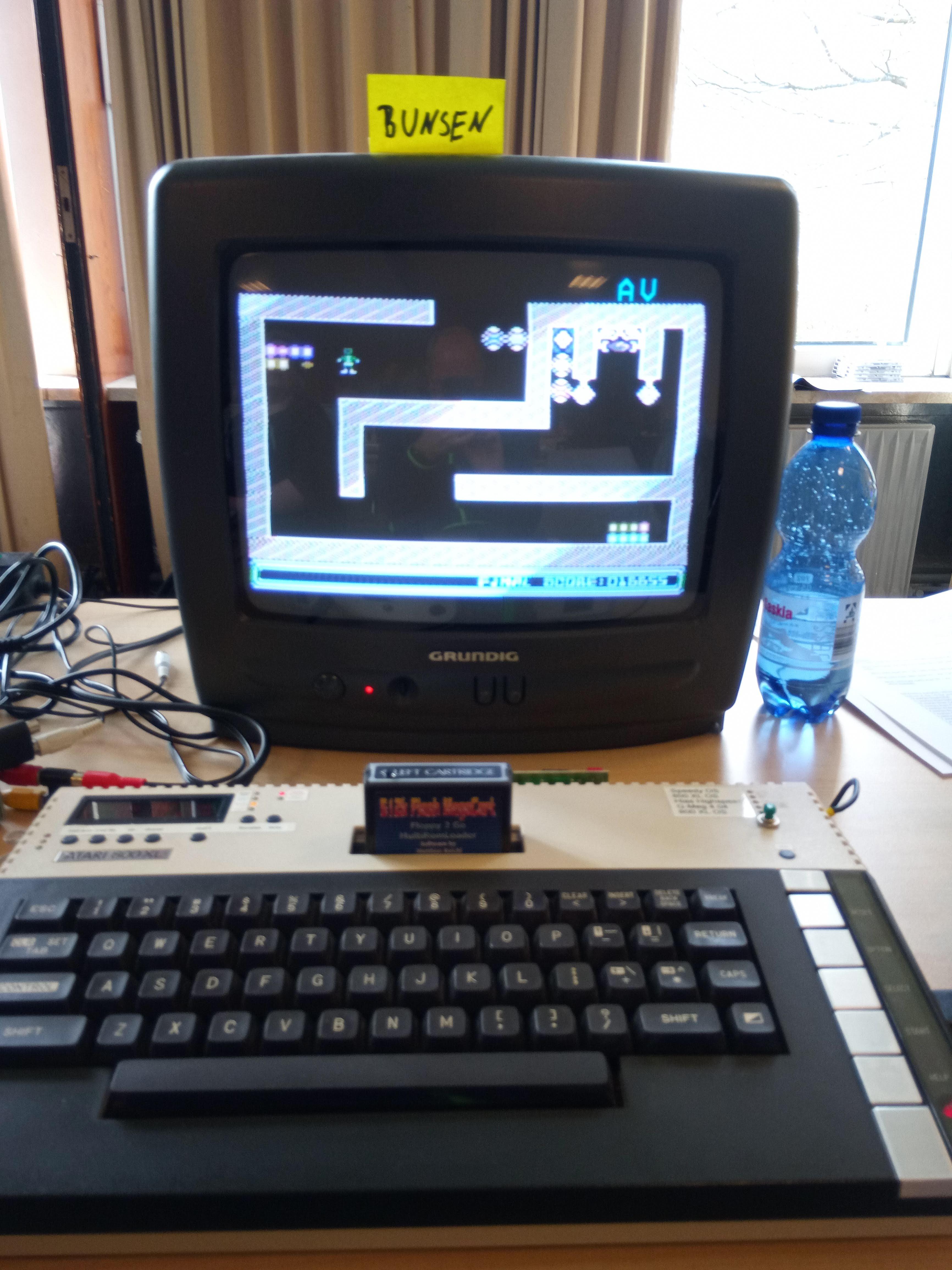 Bunsen: Berks Four (Atari 400/800/XL/XE) 16,655 points on 2019-07-02 12:52:31