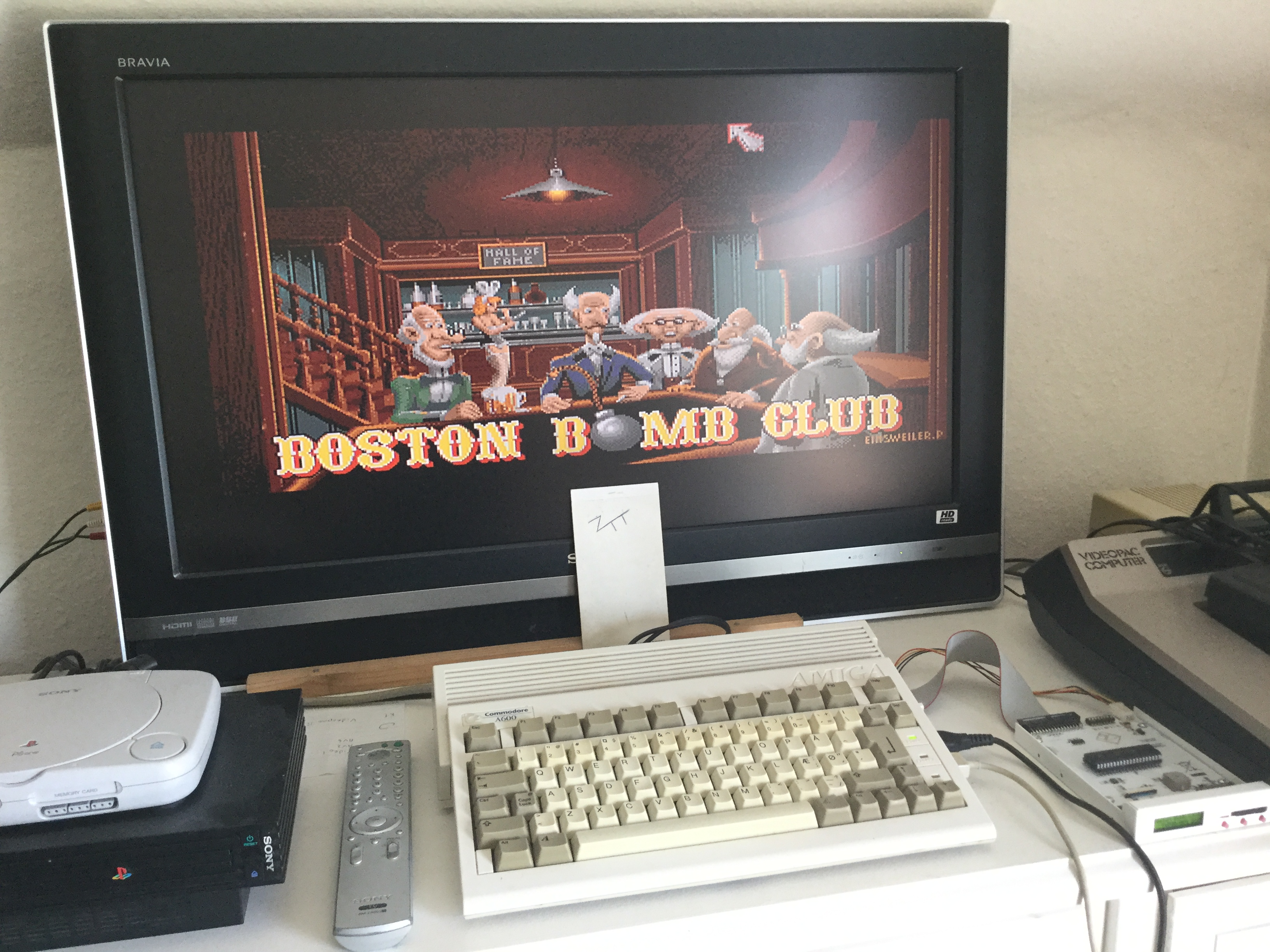 Frankie: Boston Bomb Club [Start Level: 1] (Amiga) 2,285 points on 2019-06-30 04:16:23