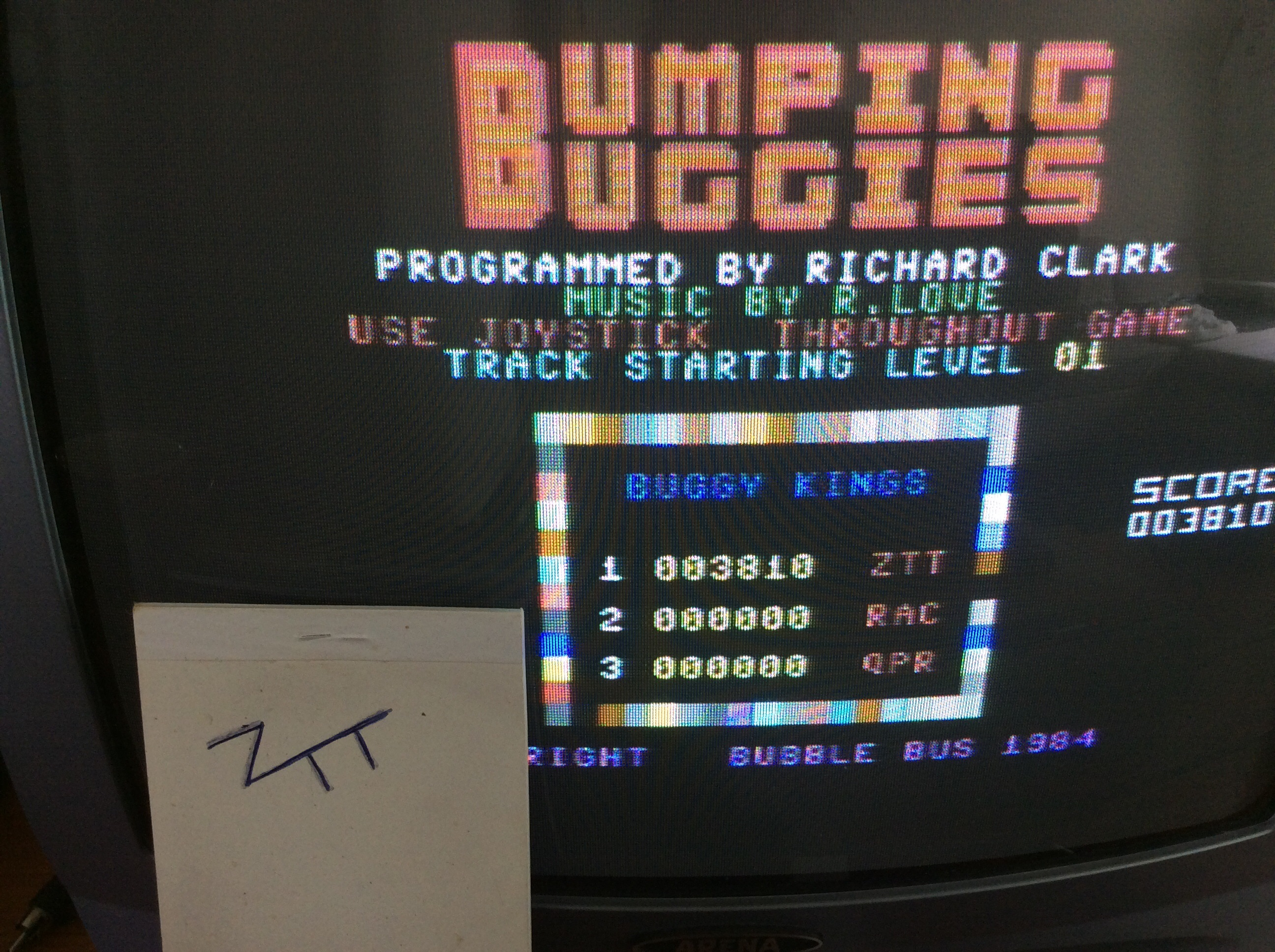 Frankie: Bumping Buggies (Commodore 64) 3,810 points on 2016-06-26 04:36:59