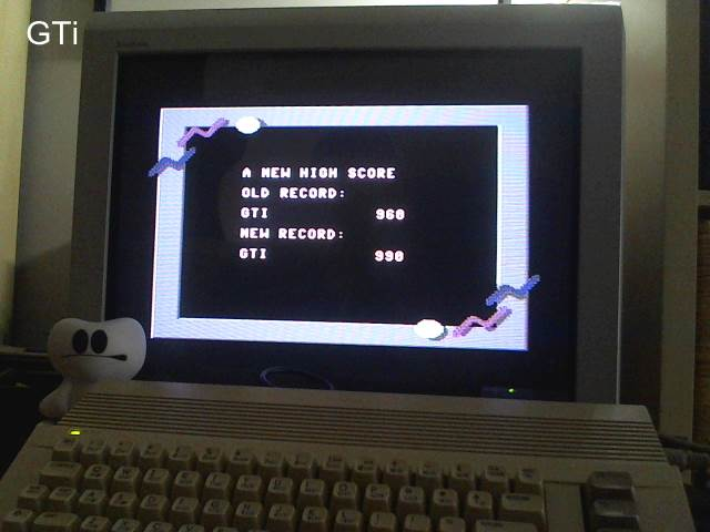 GTibel: California Games: Flying Disk (Commodore 64) 990 points on 2017-05-07 11:30:31