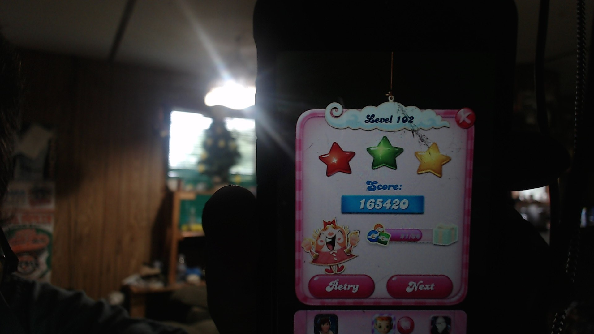 Candy Crush Saga: Level 102 165,420 points