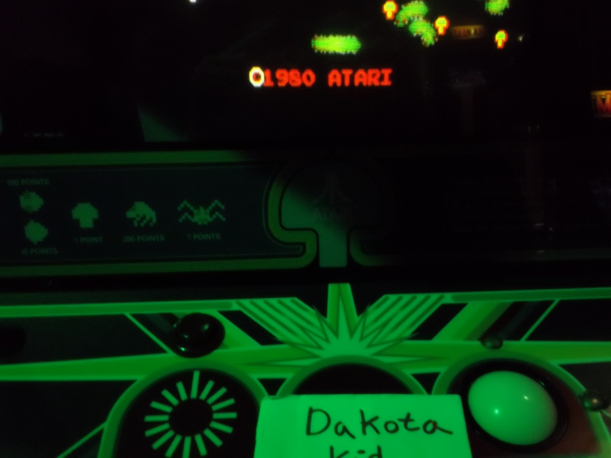 DakotaKid: Centipede (Arcade) 38,360 points on 2017-01-19 14:03:01