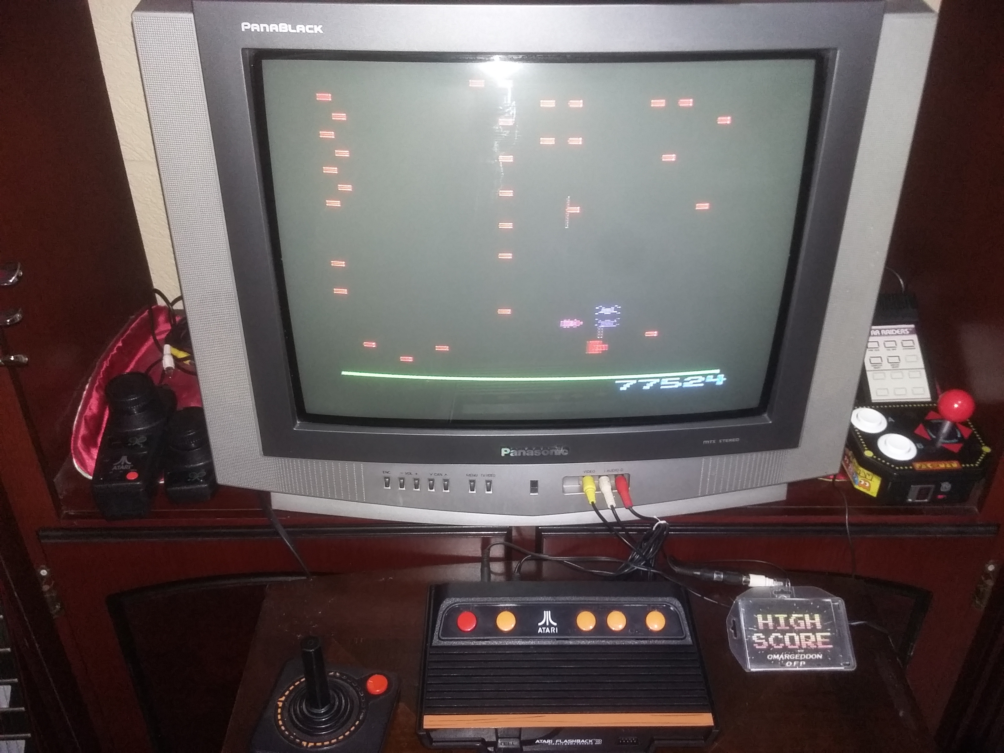 omargeddon: Centipede (Atari 2600 Emulated) 77,524 points on 2017-08-09 01:27:25