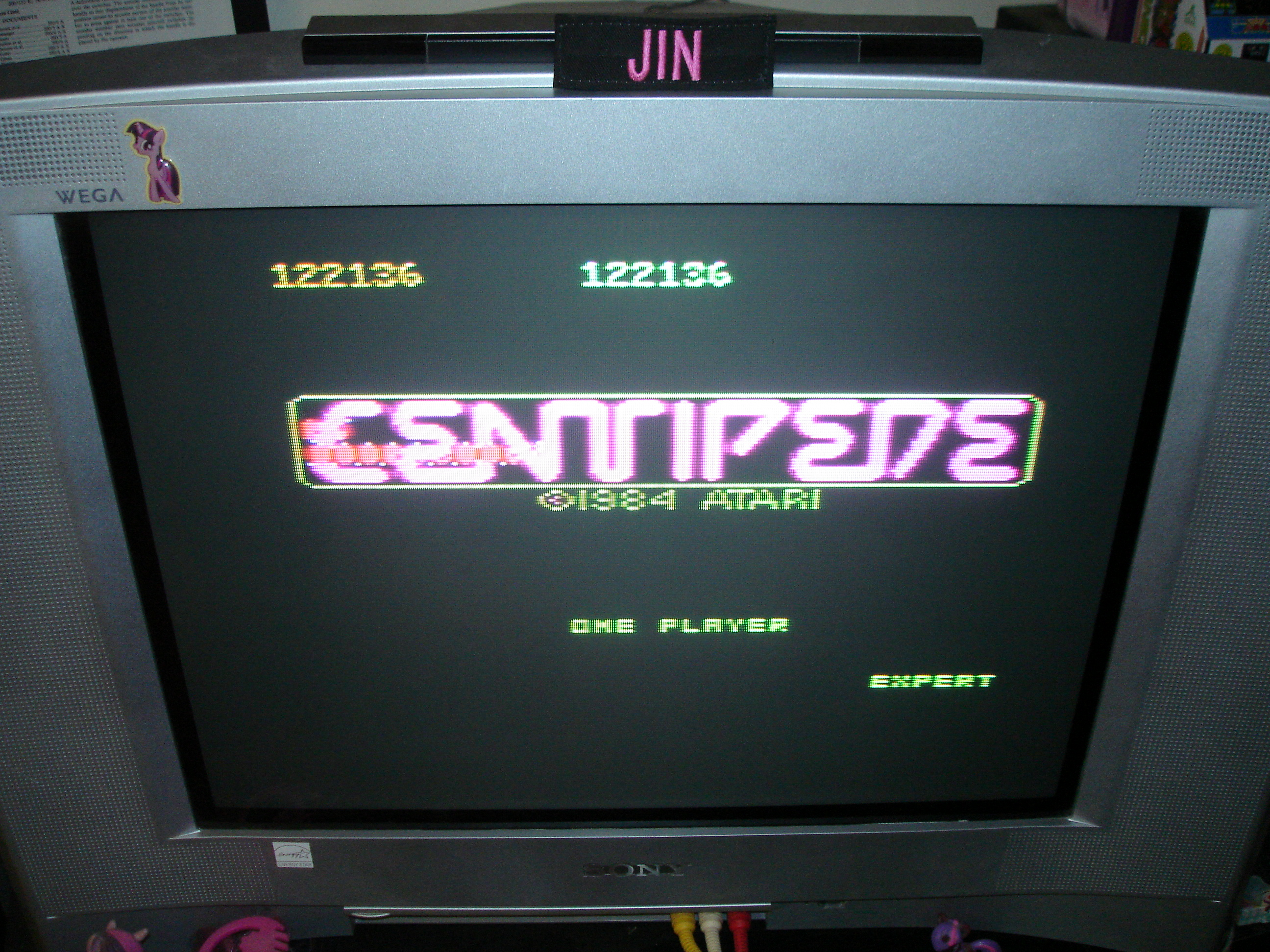 Centipede: Expert 122,136 points