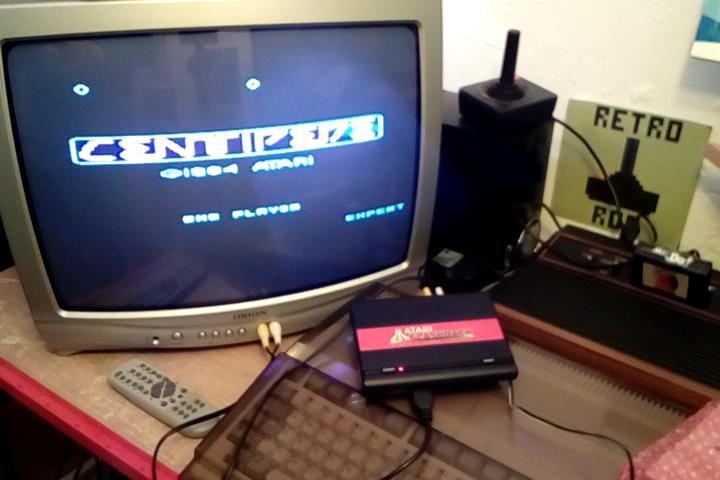 RetroRob: Centipede: Expert (Atari Flashback 1) 10,048 points on 2020-03-03 10:49:36