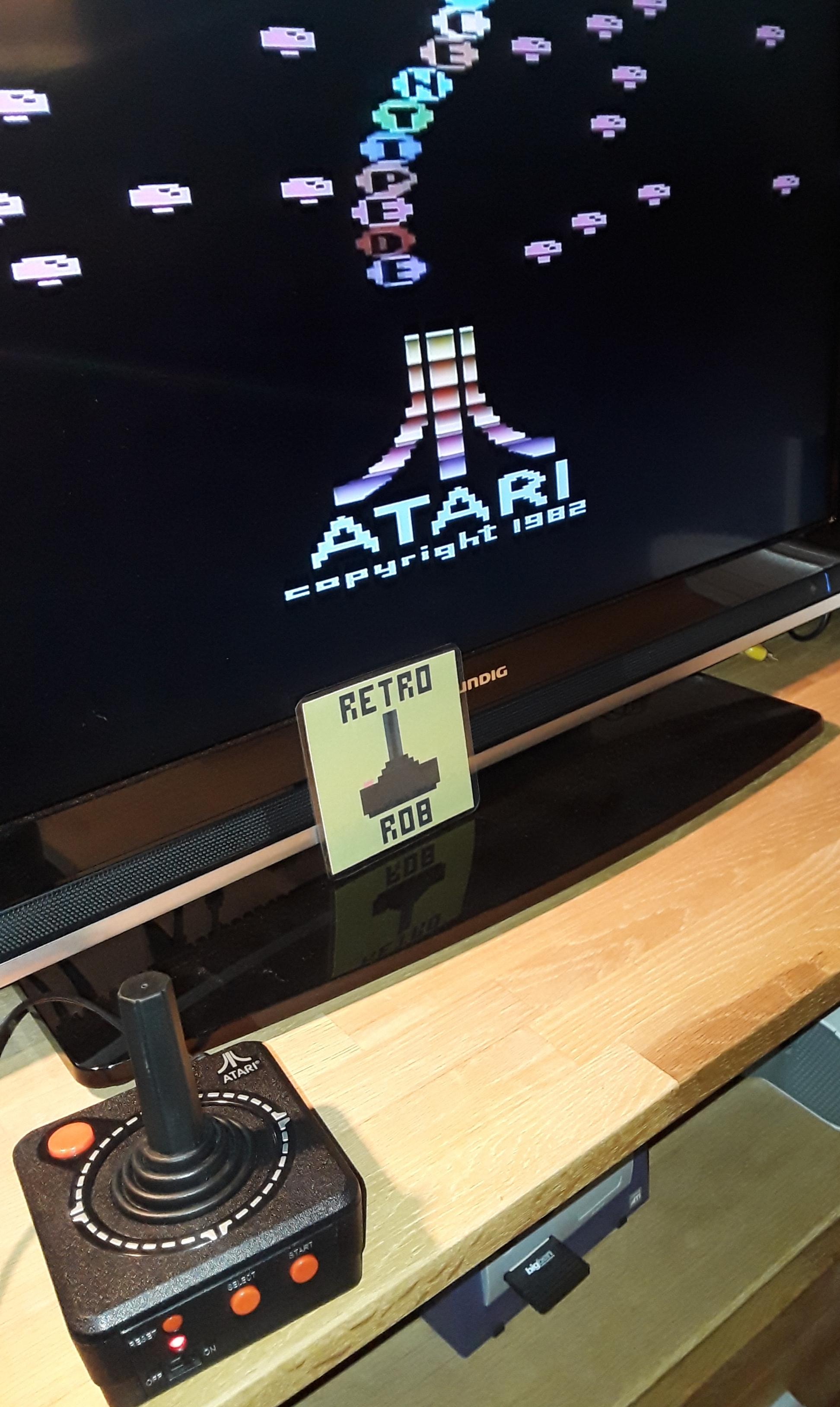RetroRob: Centipede (Jakks Pacific Atari TV Joystick) 27,433 points on 2018-12-01 01:35:18