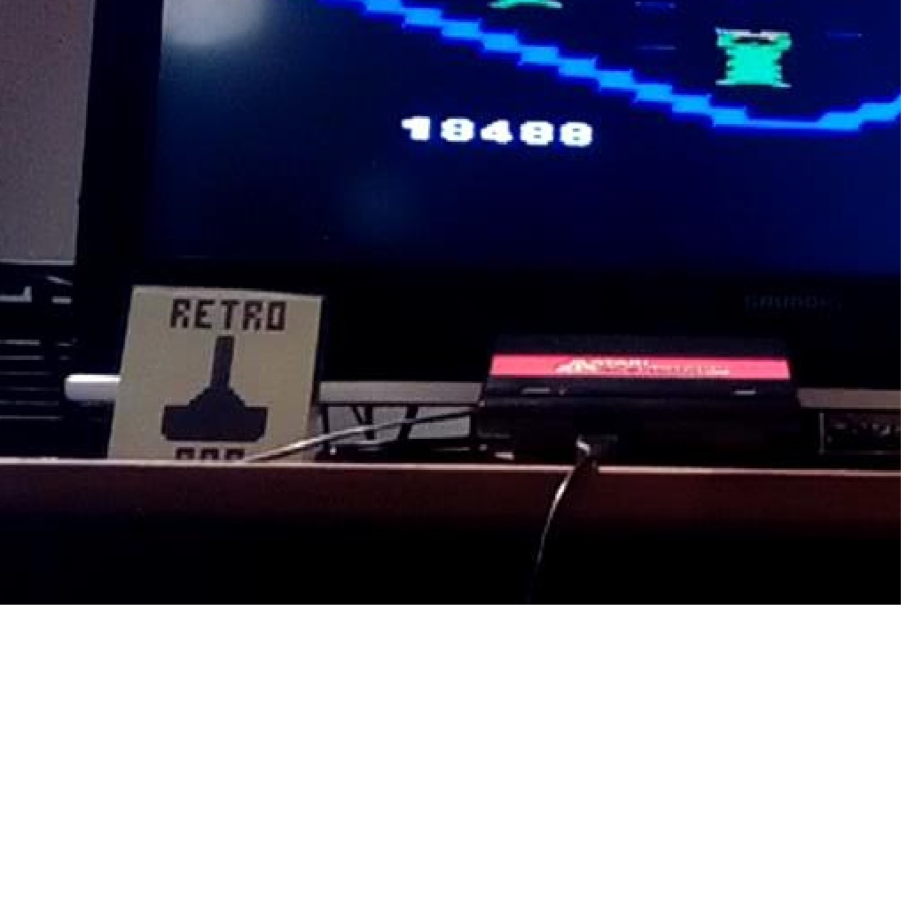 RetroRob: Crystal Castles (Atari Flashback 1) 18,488 points on 2018-11-17 02:44:09