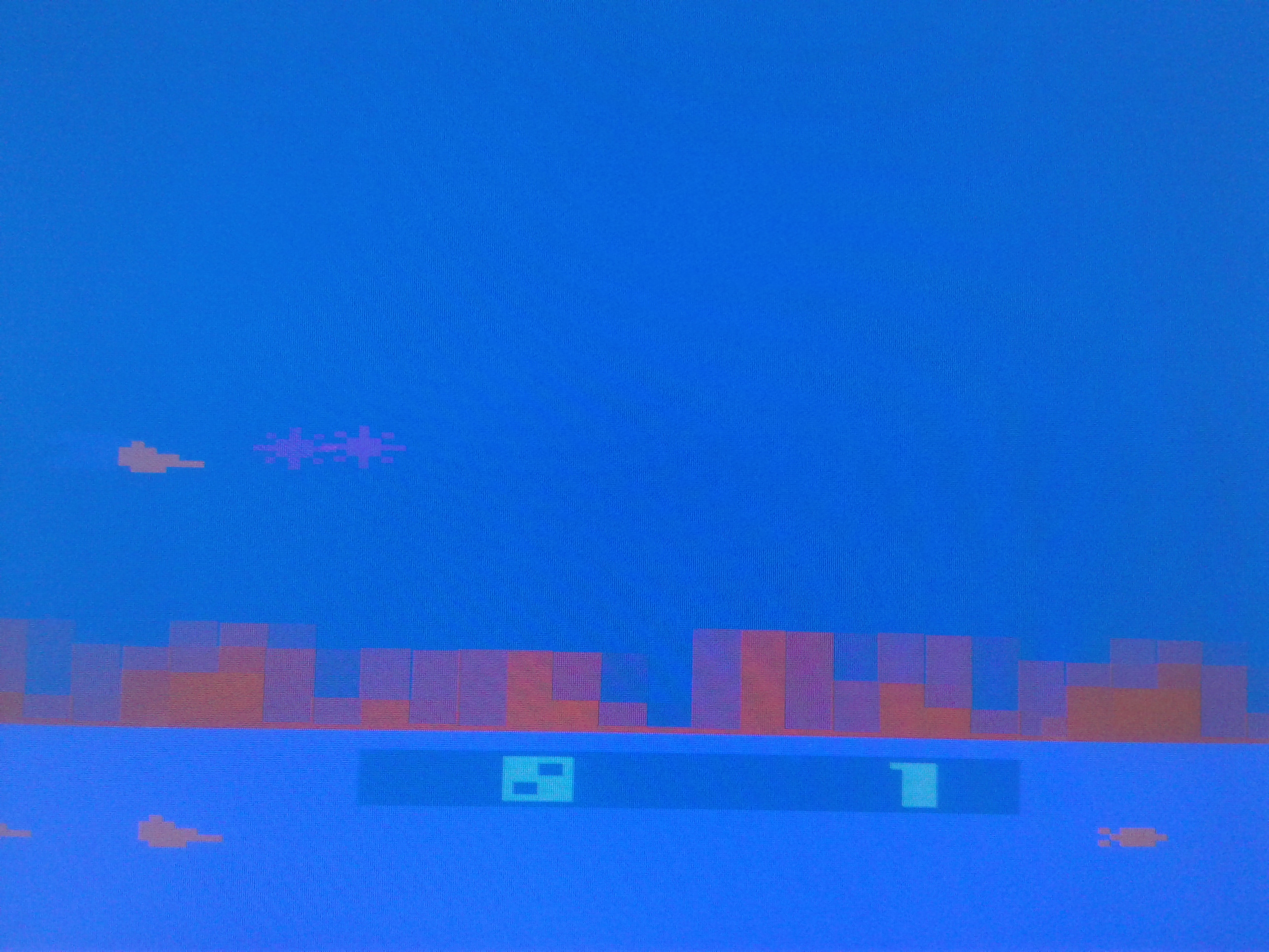 Mark: Defender [Game 8] (Atari 2600 Emulated Novice/B Mode) 28,050 points on 2019-01-27 00:49:13