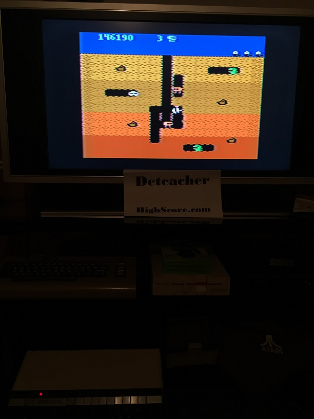 Deteacher: Dig Dug (Atari 400/800/XL/XE) 146,190 points on 2016-04-20 21:51:55