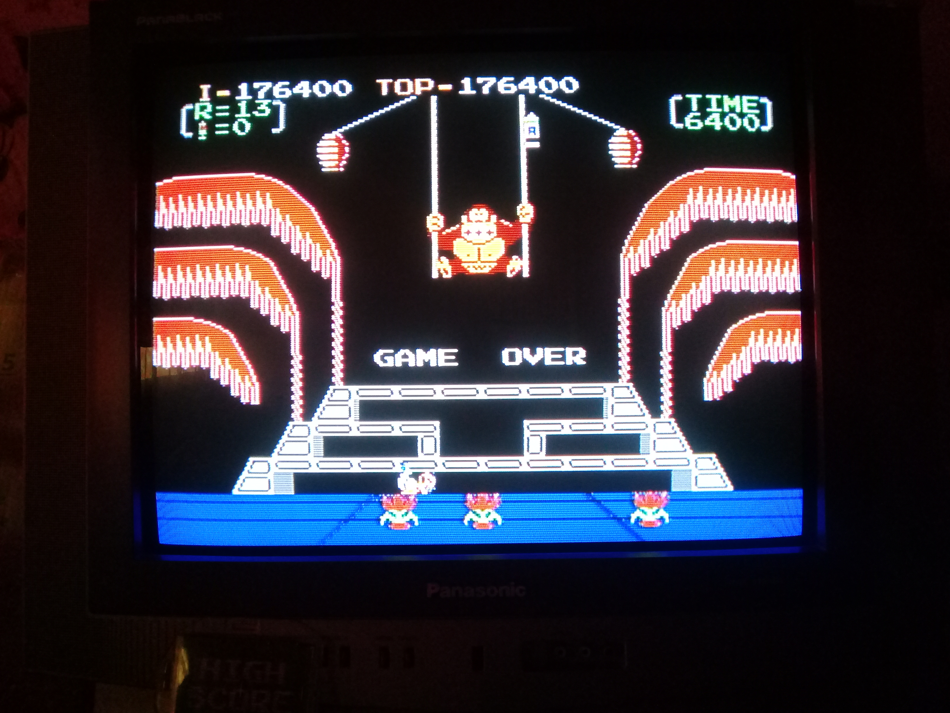 omargeddon: Donkey Kong 3: Game B (NES/Famicom) 176,400 points on 2019-04-16 18:36:55