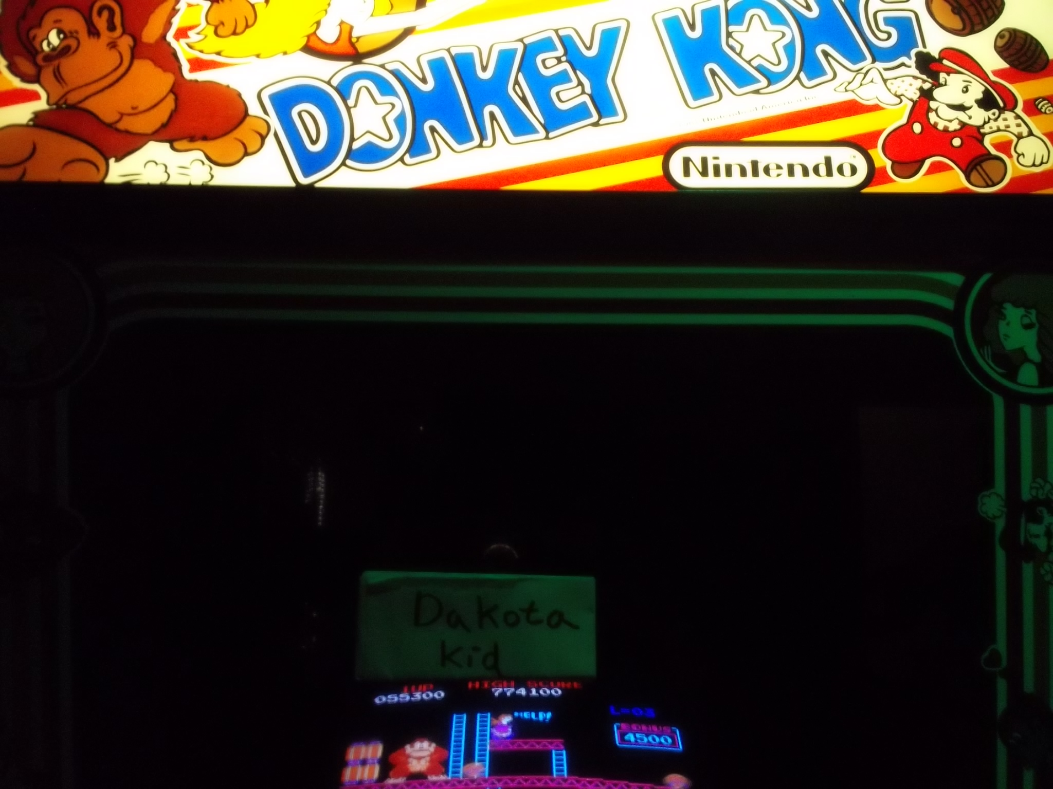 Donkey Kong 55,300 points