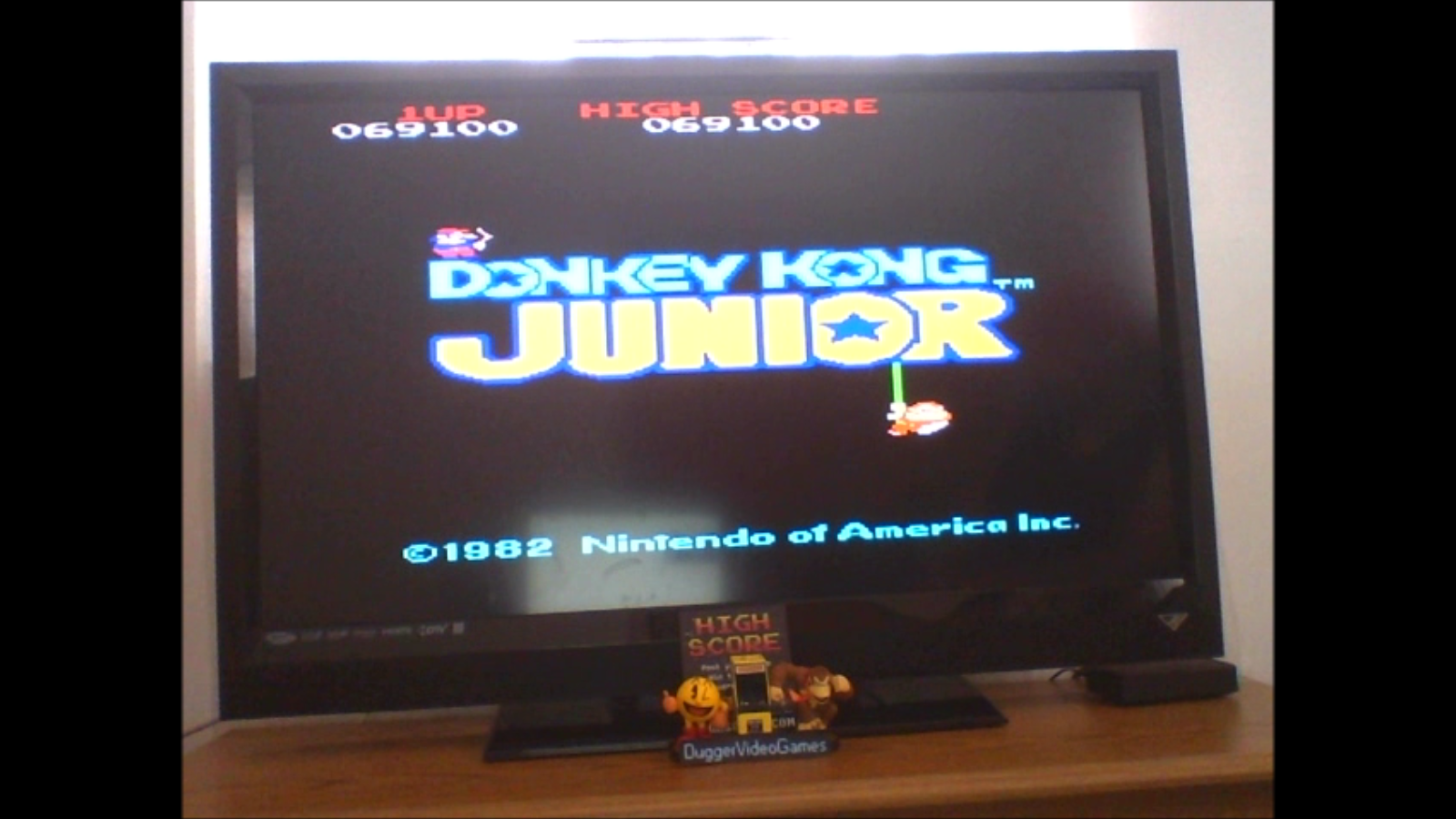 DuggerVideoGames: Donkey Kong Jr (Arcade Emulated / M.A.M.E.) 69,100 points on 2017-03-13 12:20:52