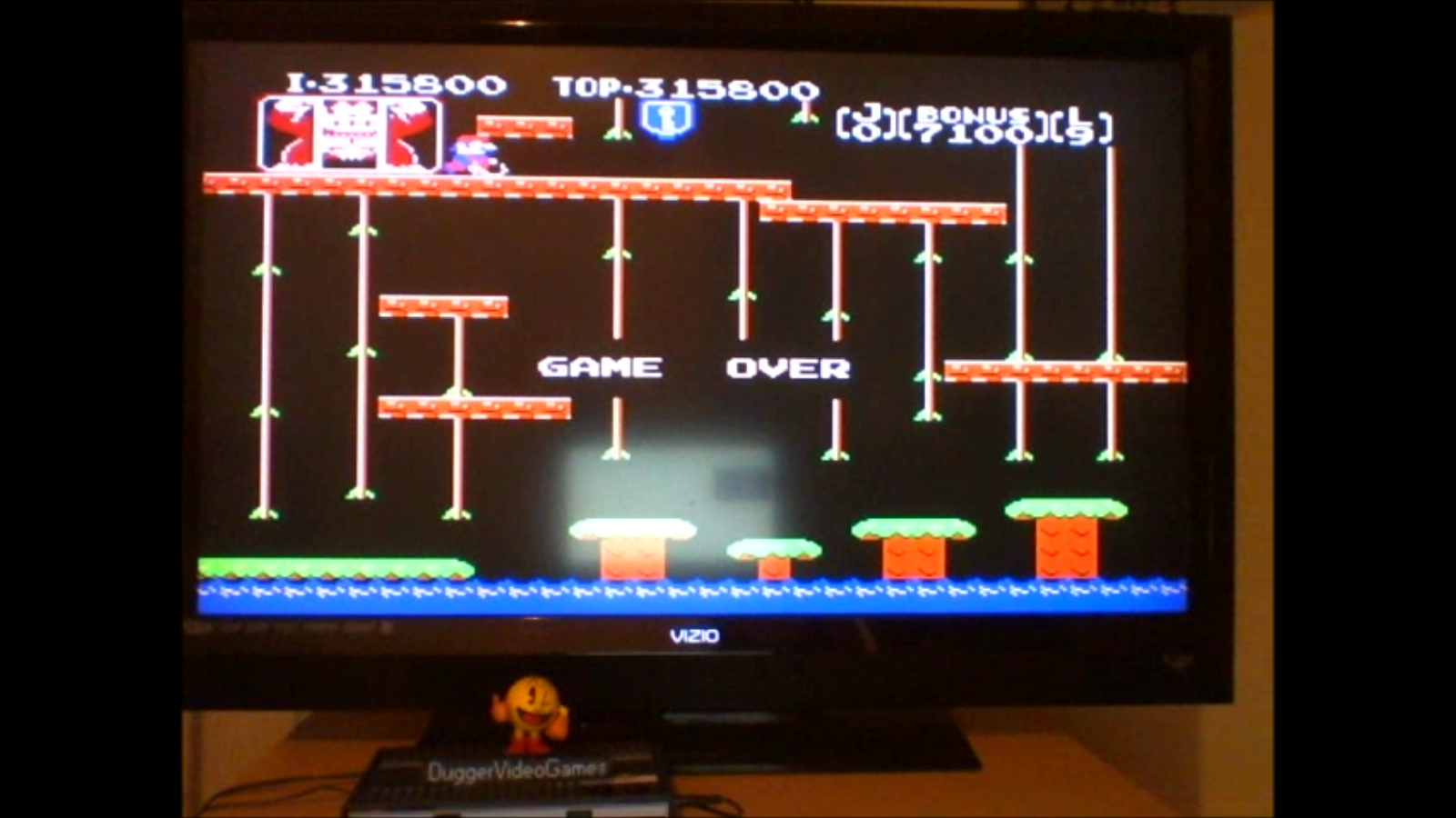 DuggerVideoGames: Donkey Kong Jr (NES/Famicom Emulated) 315,800 points on 2016-08-01 02:54:36
