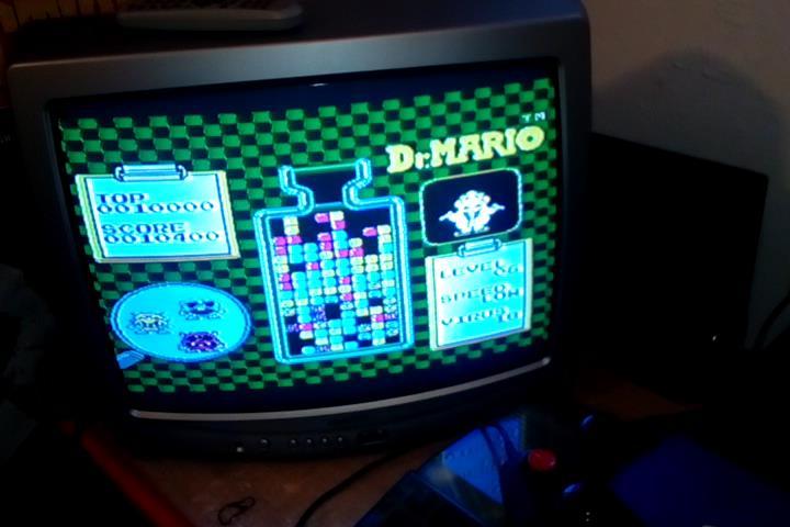 RetroRob: Dr. Mario [Low] (NES/Famicom) 10,400 points on 2021-10-25 13:41:00