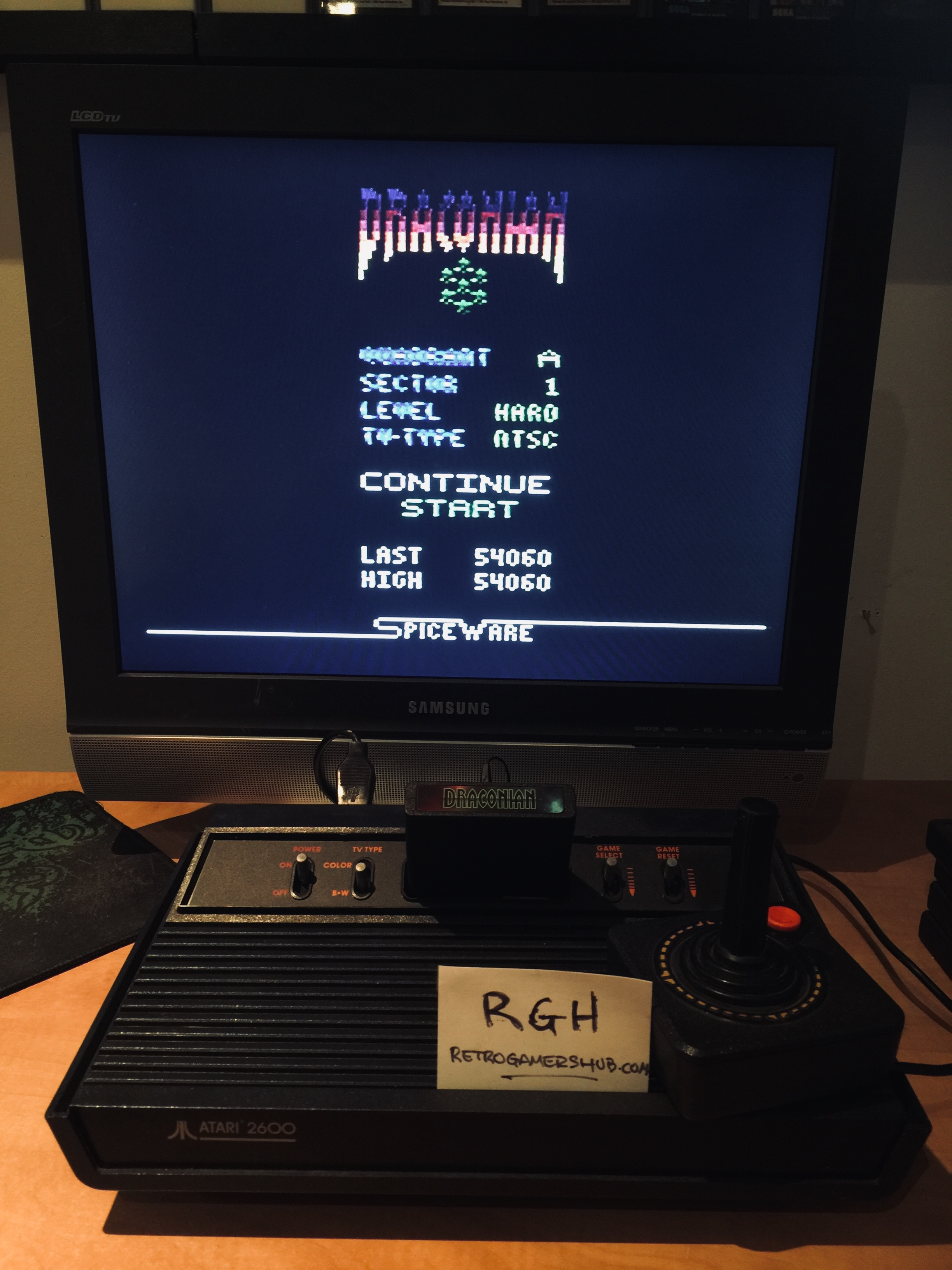 RetroGamersHub: Draconian: Quadrant Alpha / Sector 1 [Hard] (Atari 2600) 54,060 points on 2019-05-15 16:37:16