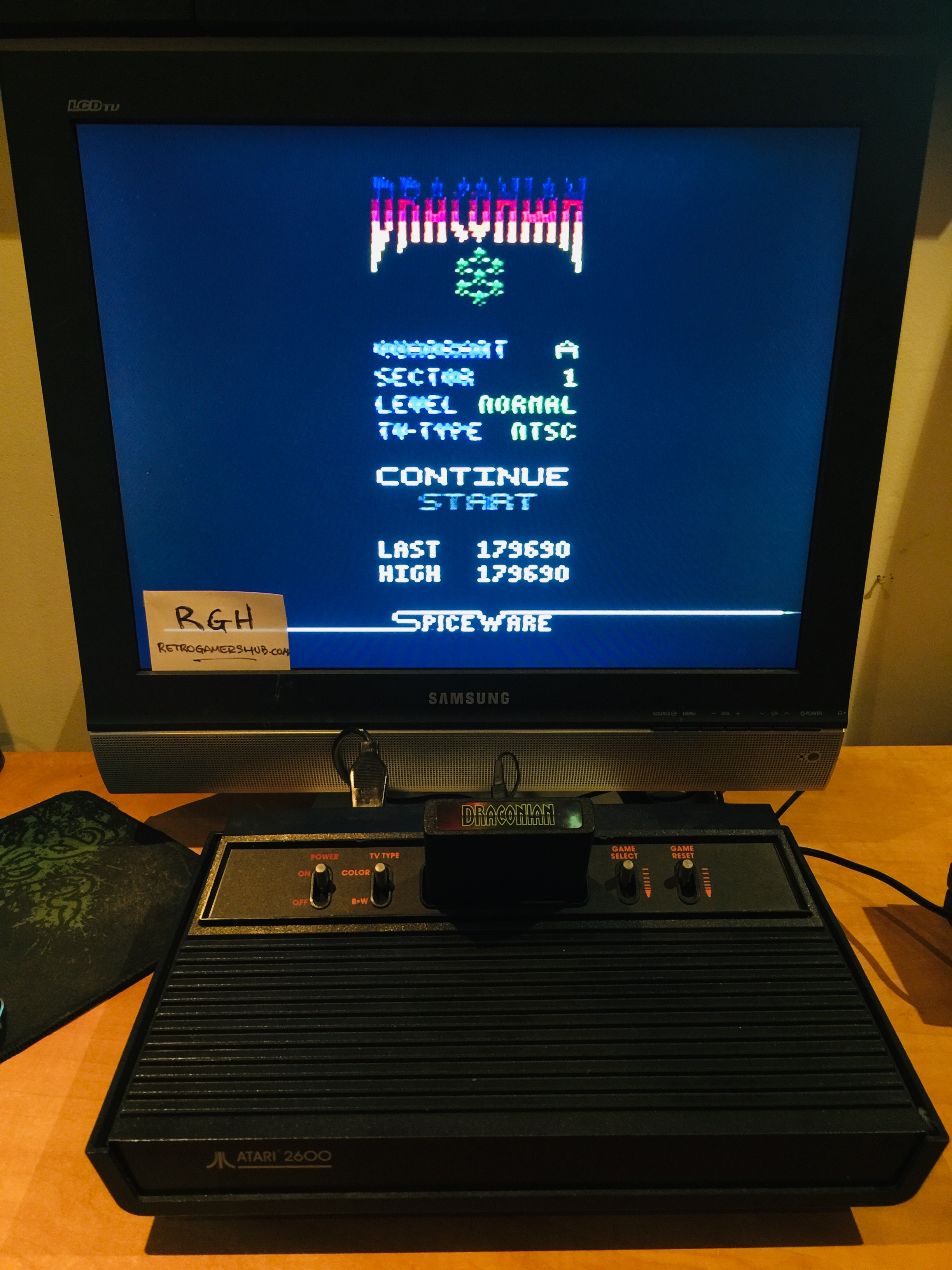 RetroGamersHub: Draconian: Quadrant Alpha / Sector 1 [Normal] (Atari 2600) 179,690 points on 2019-05-14 22:39:58