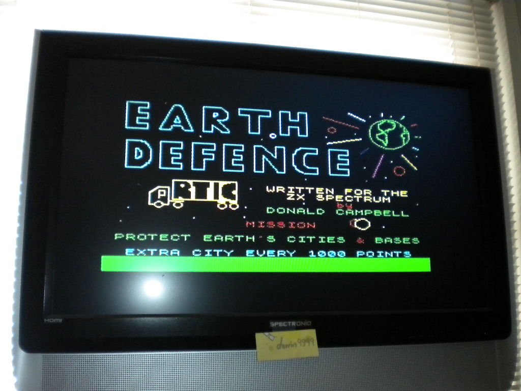 Earth Defence [Artic Computing] [Level 1] 18,610 points