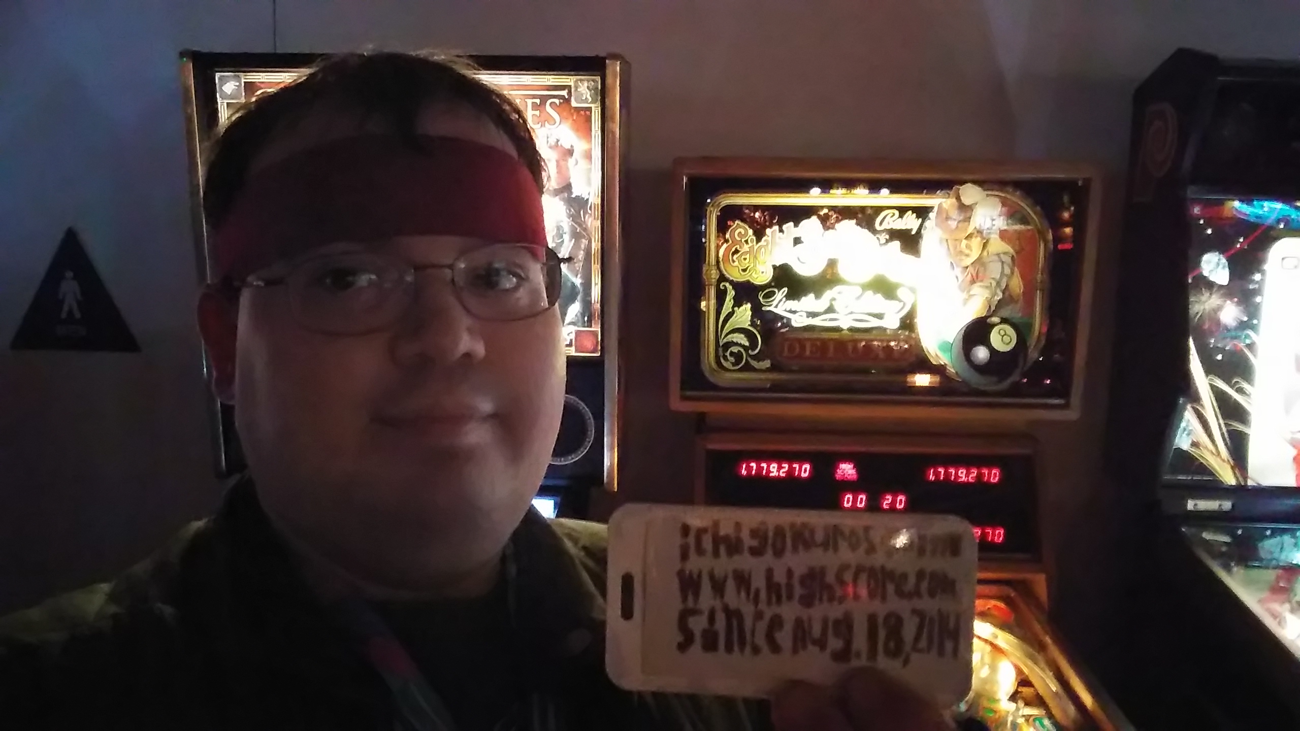 ichigokurosaki1991: Eight Ball Deluxe Limited Edition (Pinball: 3 Balls) 899,300 points on 2016-11-27 04:53:02