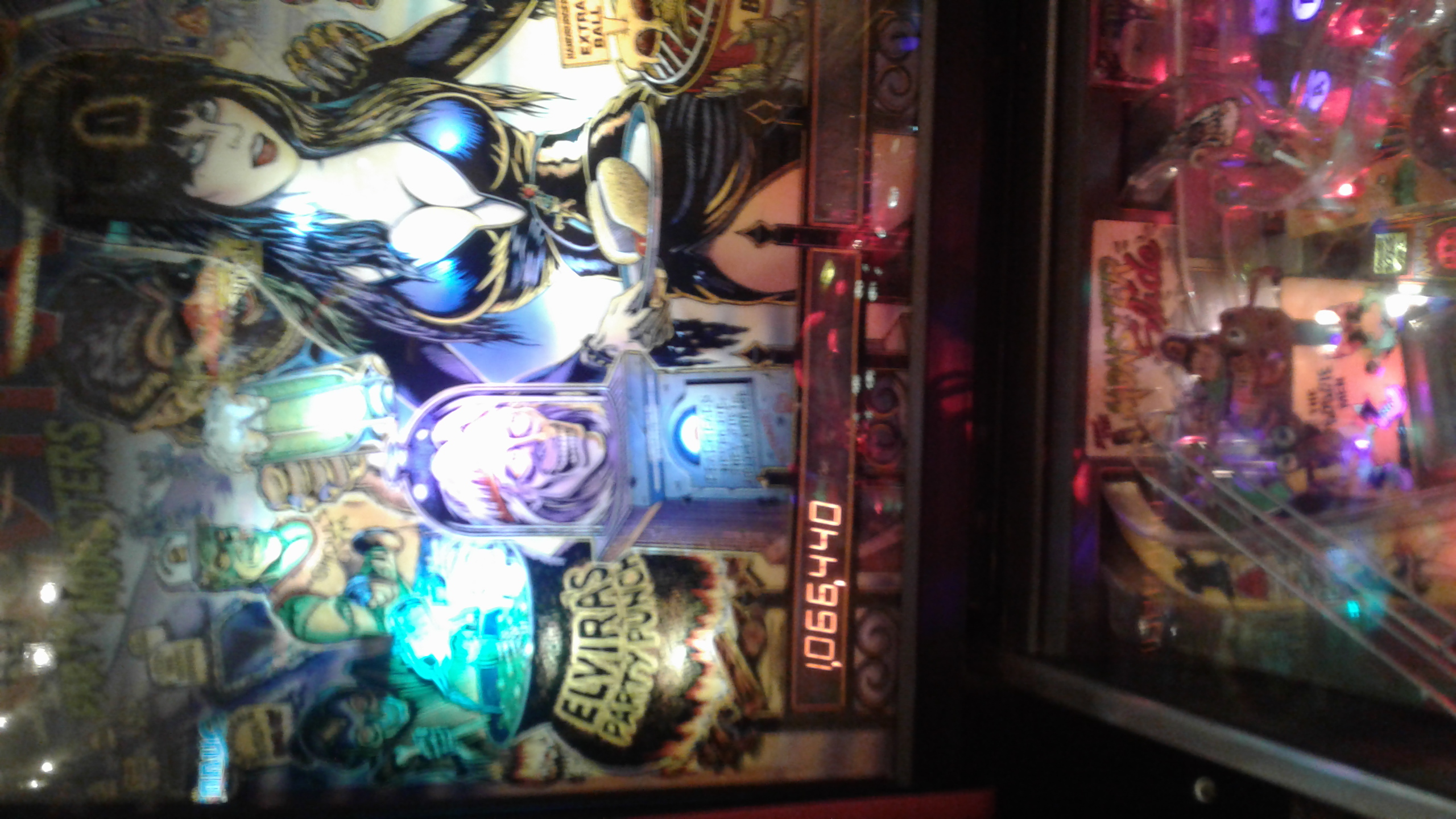 Mark: Elvira and the Party Monsters (Pinball: 3 Balls) 1,066,440 points on 2018-04-11 02:19:42