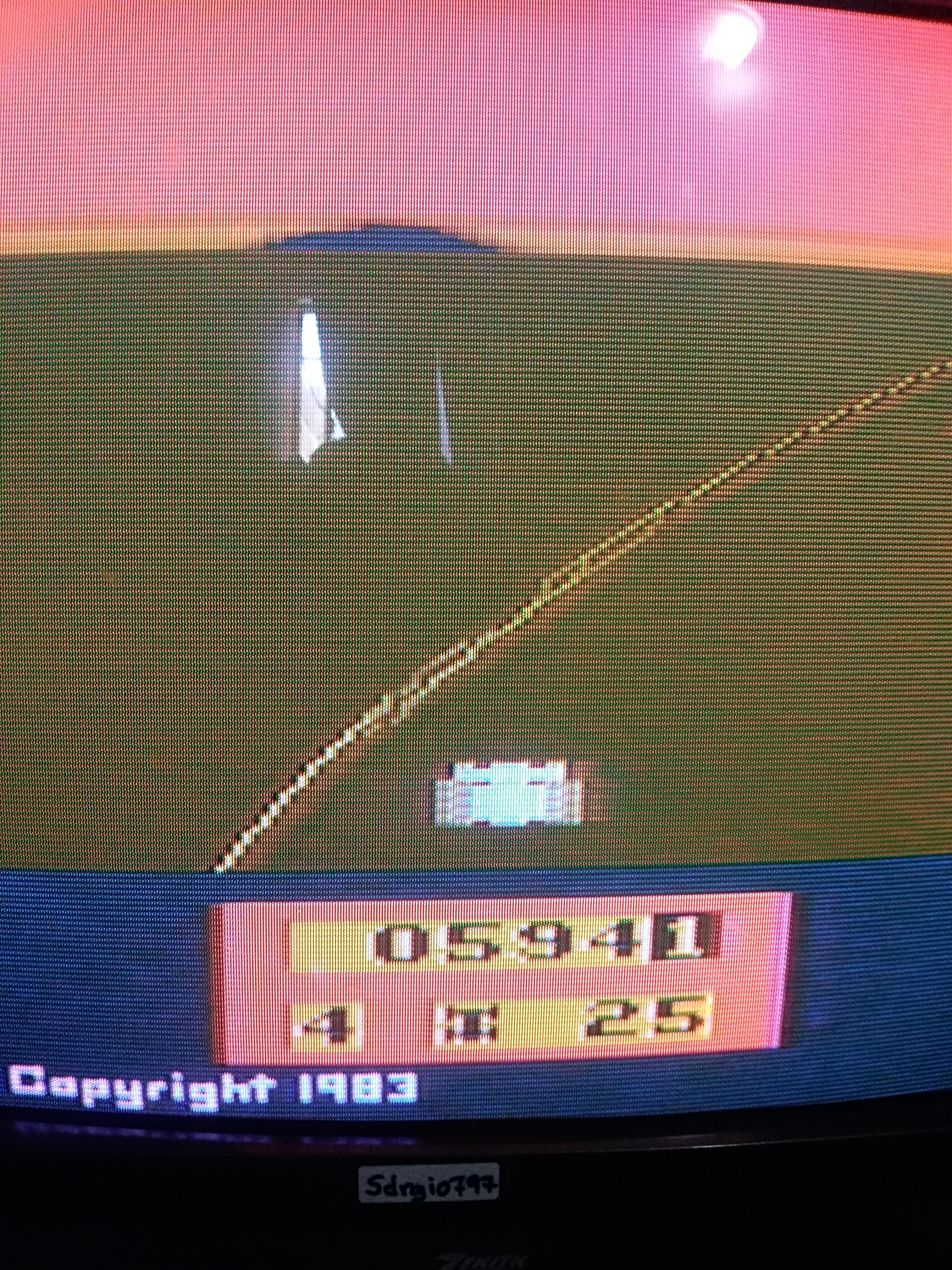 Sdrgio797: Enduro (Atari 2600 Expert/A) 594 points on 2020-06-26 16:00:29