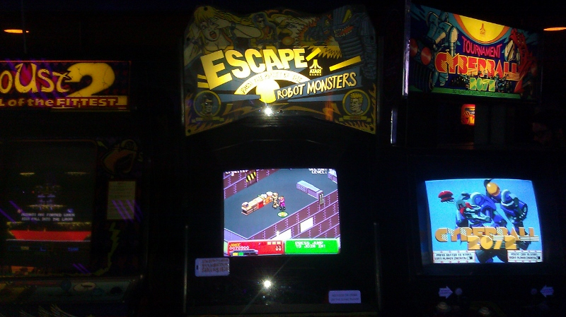 Escape From Planet Of Robot Monsters 70,900 points