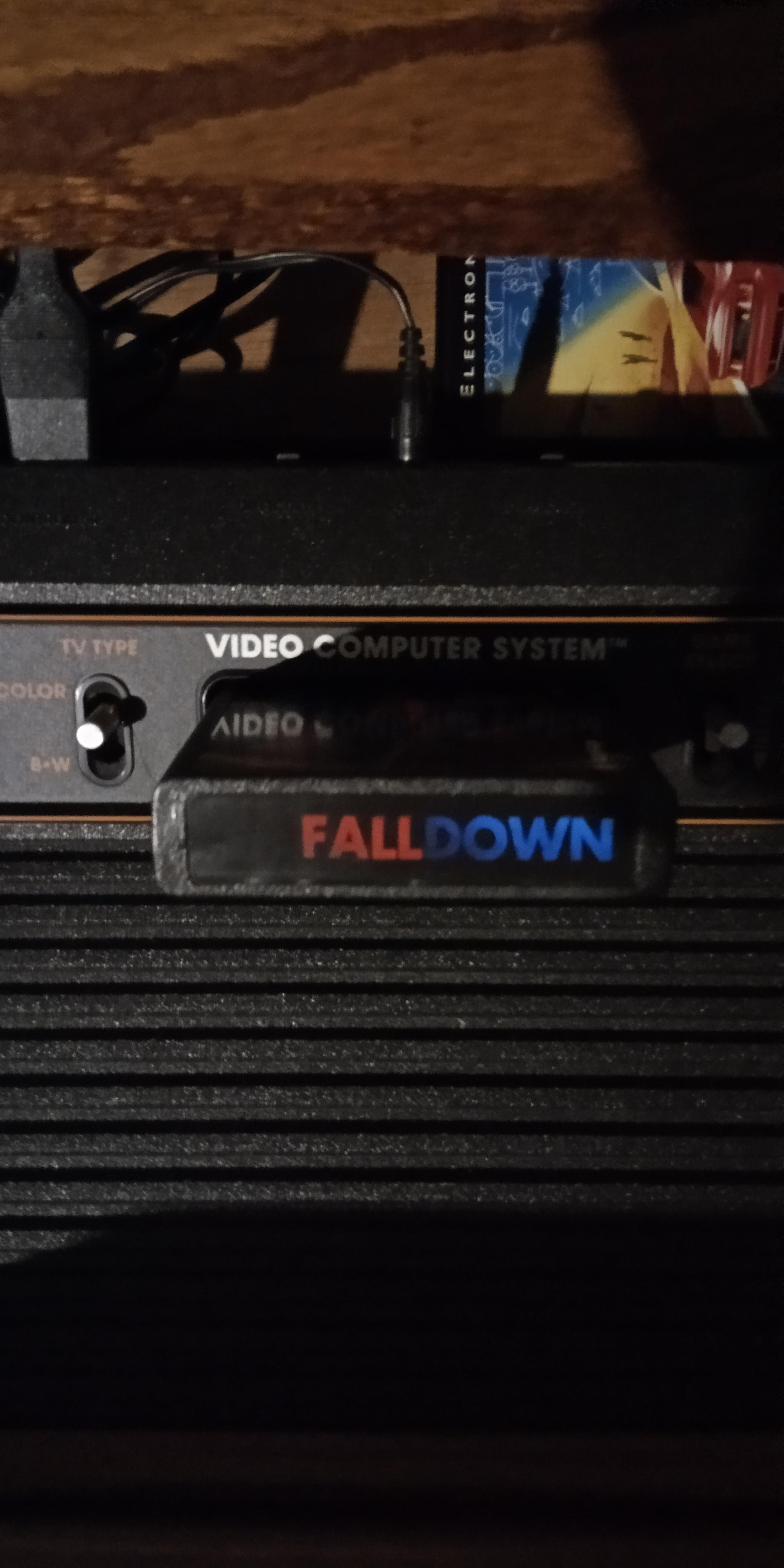 EmuDan: Fall Down (Atari 2600 Novice/B) 109 points on 2020-06-05 13:25:32