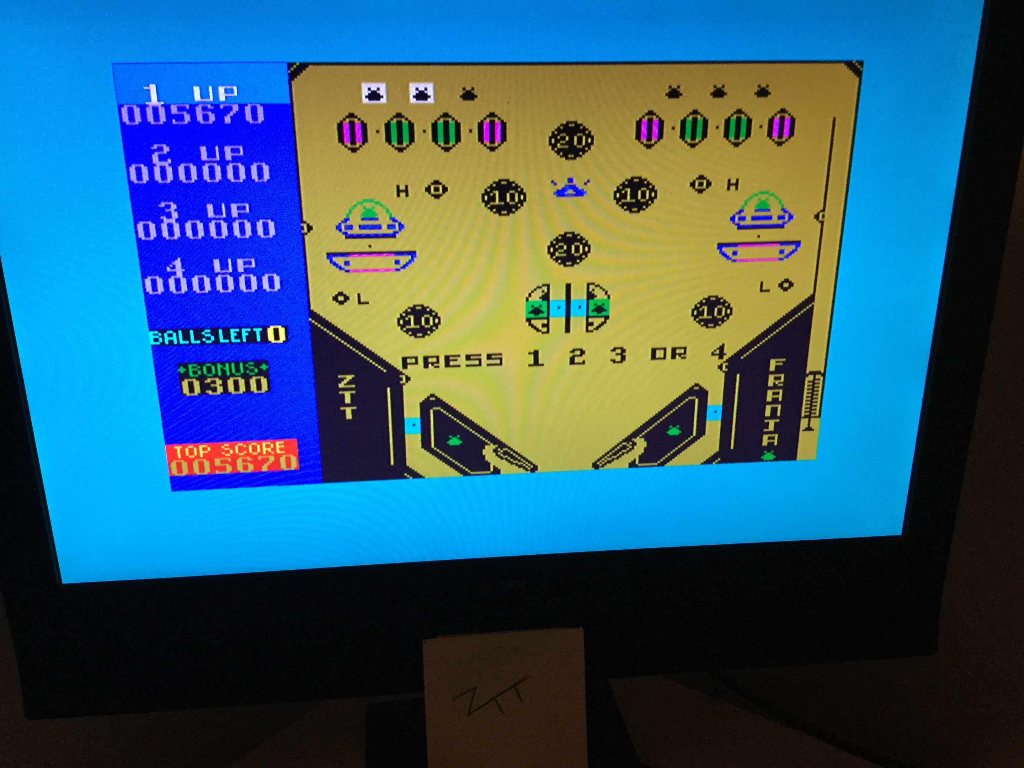 Frankie: Flipi (ZX Spectrum) 5,670 points on 2019-11-10 04:38:06