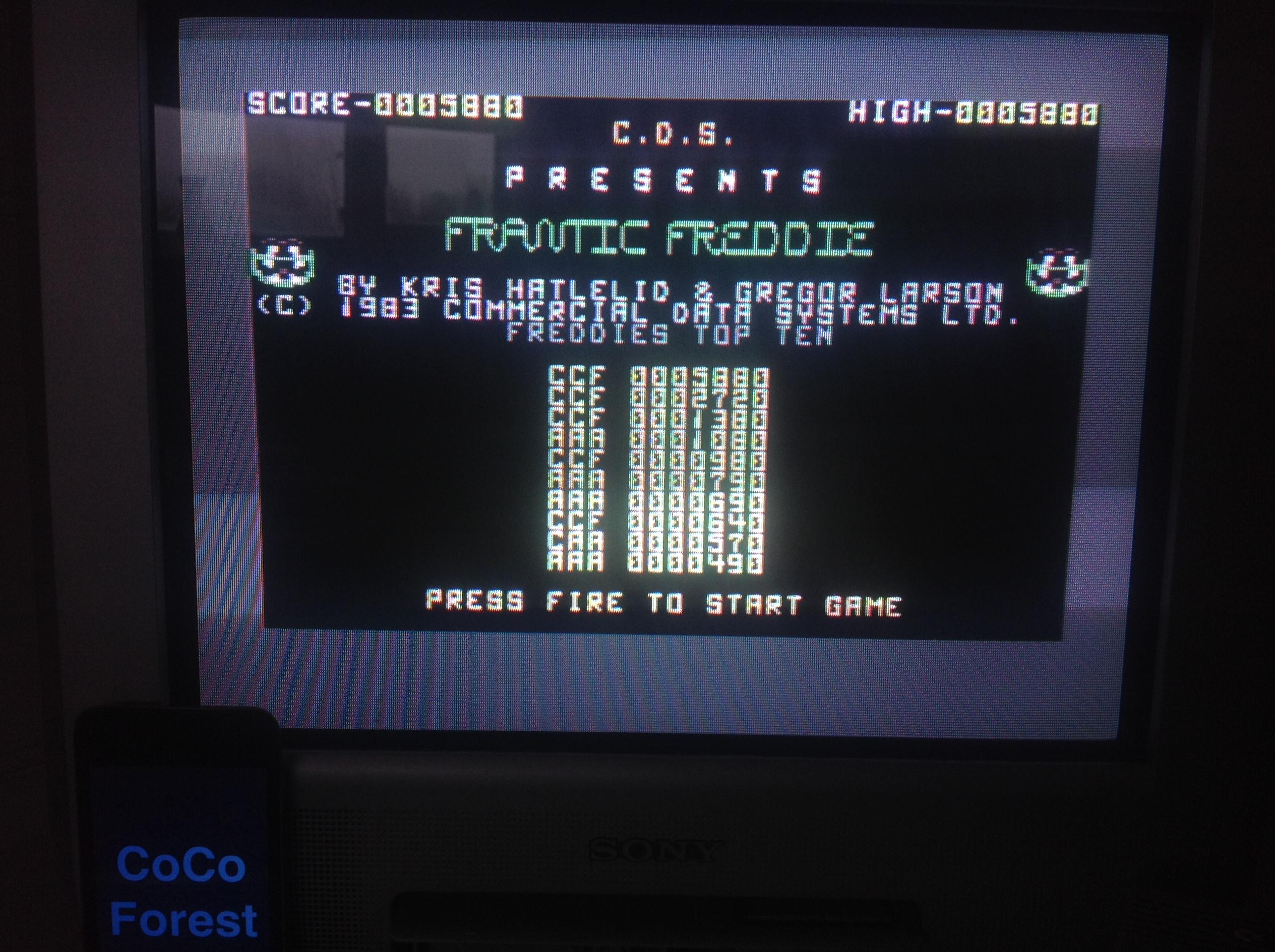 CoCoForest: Frantic Freddie (Commodore 64) 5,880 points on 2015-12-15 07:18:36