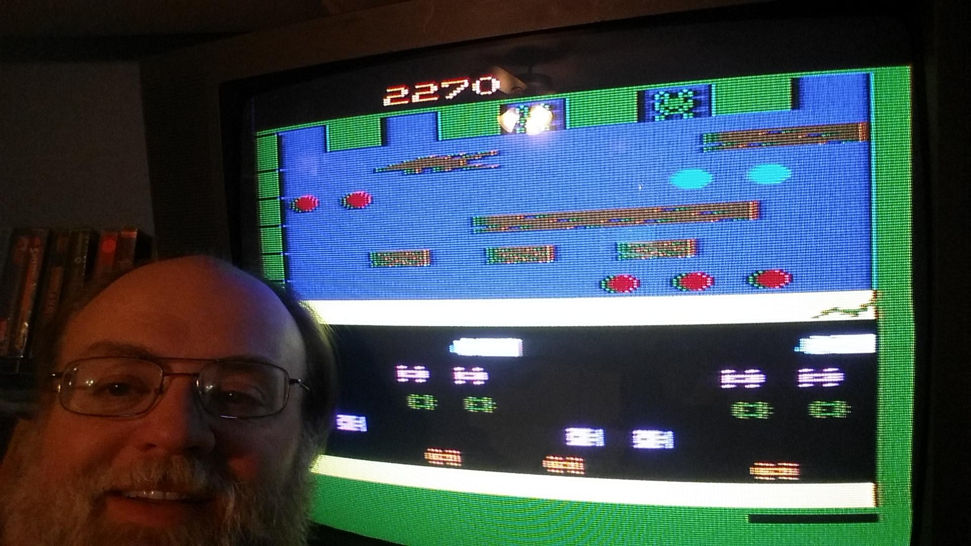 SeanStewart: Frogger (Atari 2600 Novice/B) 2,270 points on 2016-12-17 22:50:15
