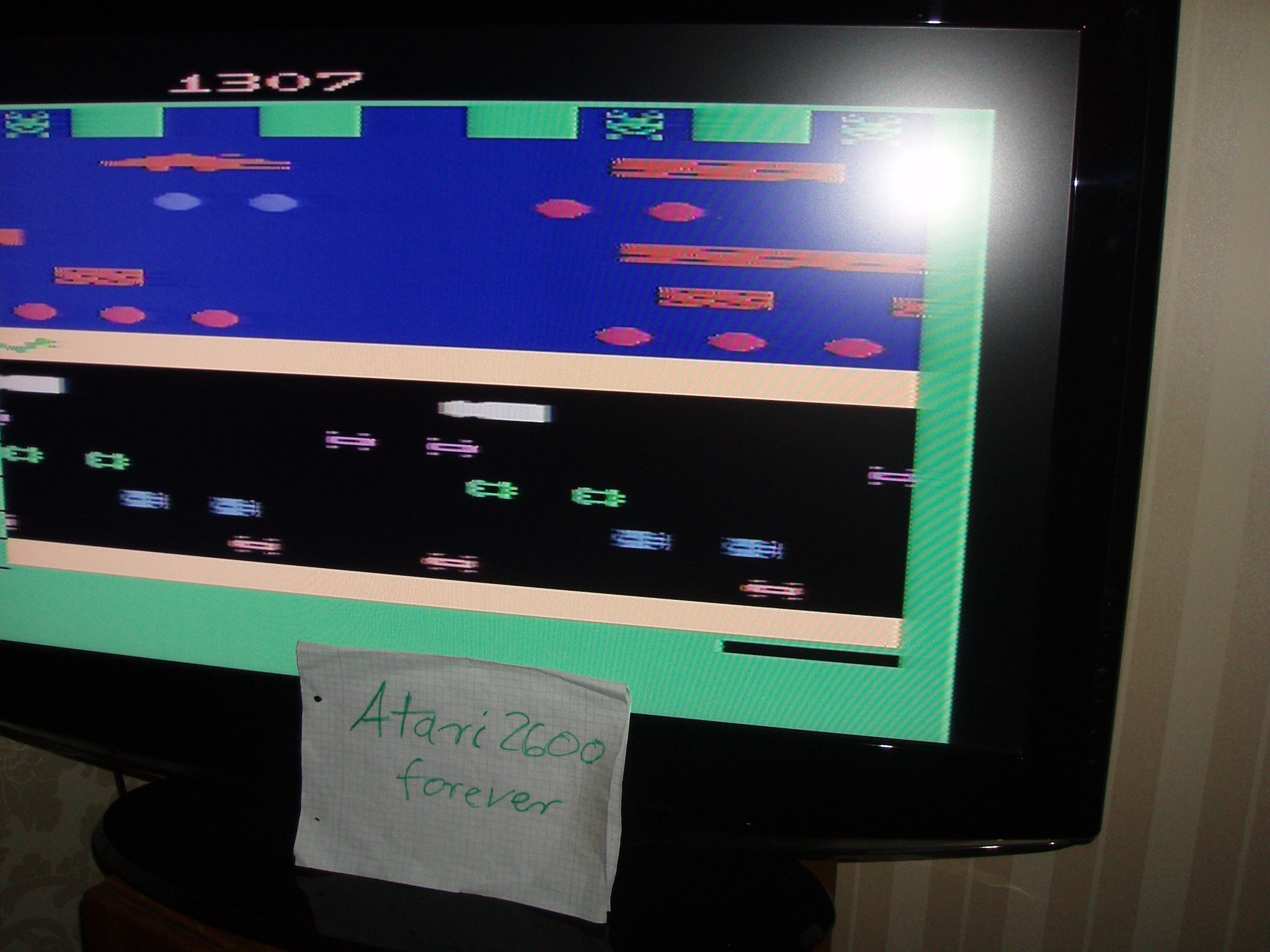 atari2600forever: Frogger (Atari 2600 Novice/B) 1,307 points on 2017-02-08 03:35:52