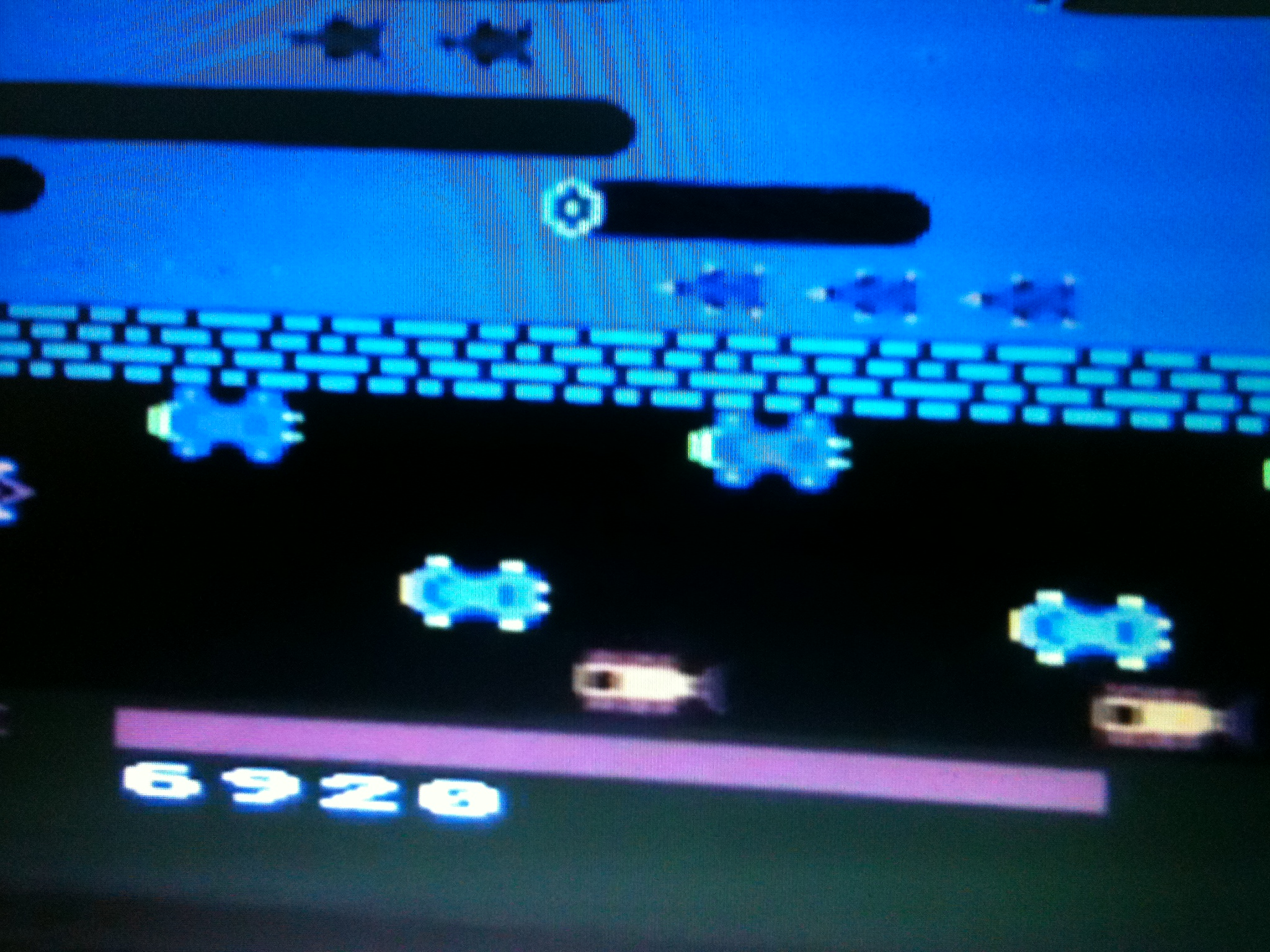 kernzy: Frogger (Atari 5200 Emulated) 6,920 points on 2016-01-18 15:28:02