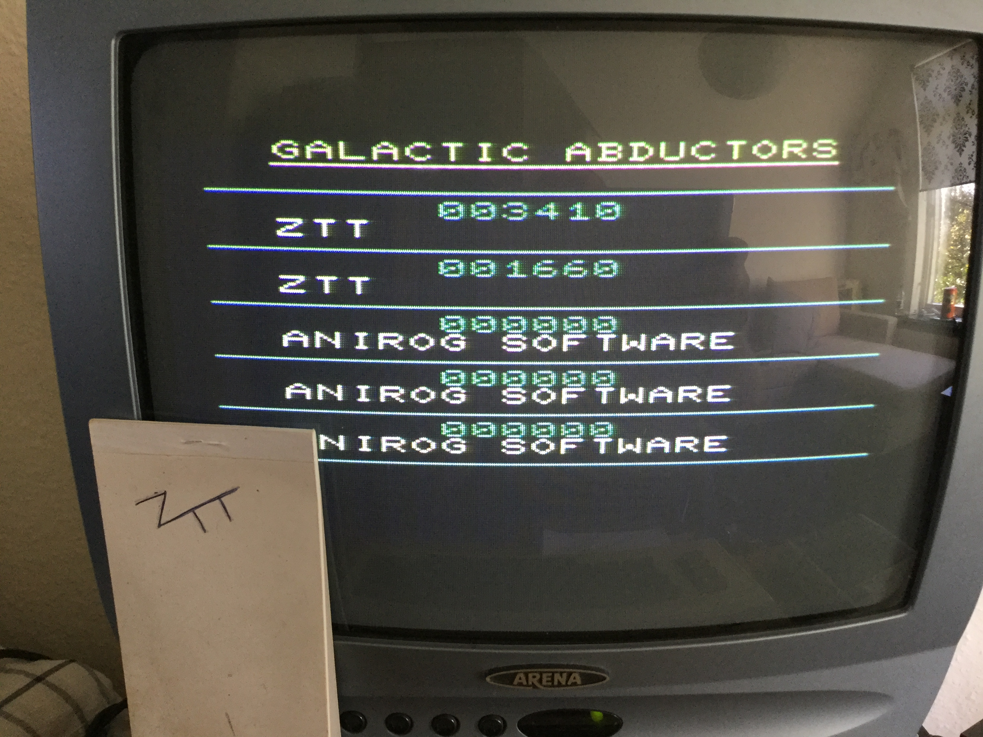 Frankie: Galactic Abductors (Commodore VIC-20) 3,410 points on 2018-10-19 03:49:53