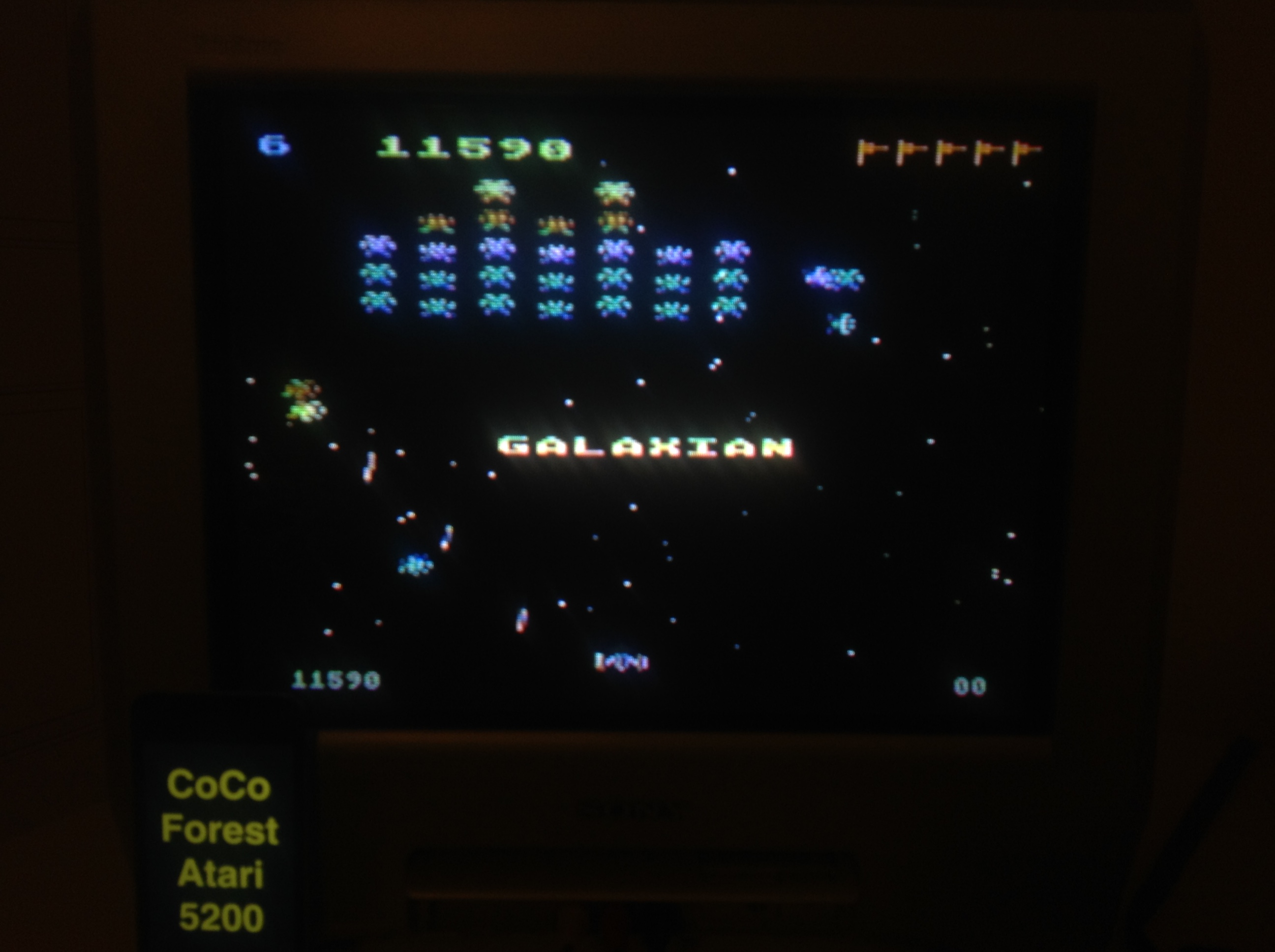 CoCoForest: Galaxian: Skill Level 6 (Atari 5200) 11,590 points on 2015-11-13 15:47:37