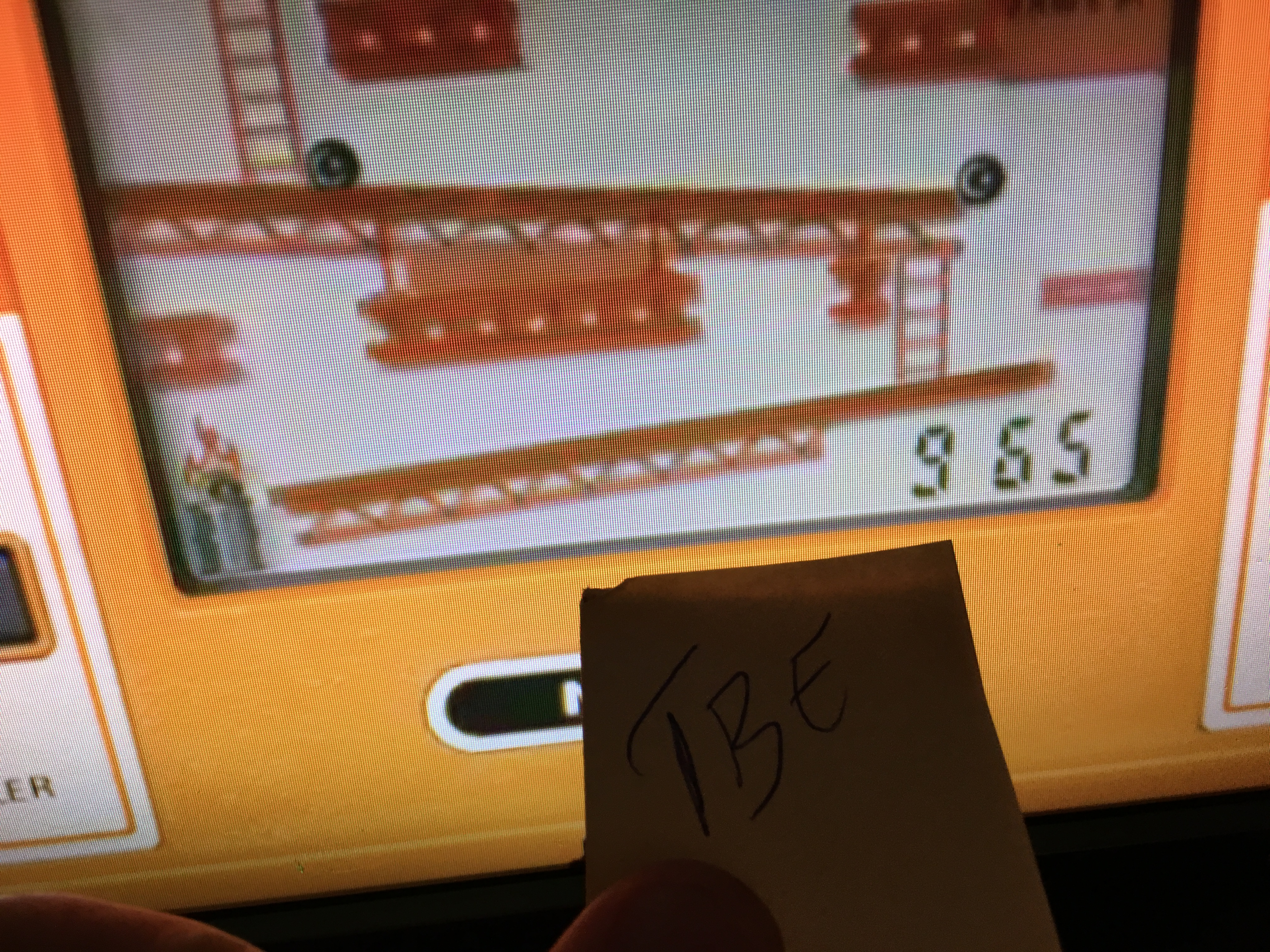 Sixx: Game and Watch: Donkey Kong (Dedicated Handheld Emulated) 965 points on 2016-04-30 15:49:04