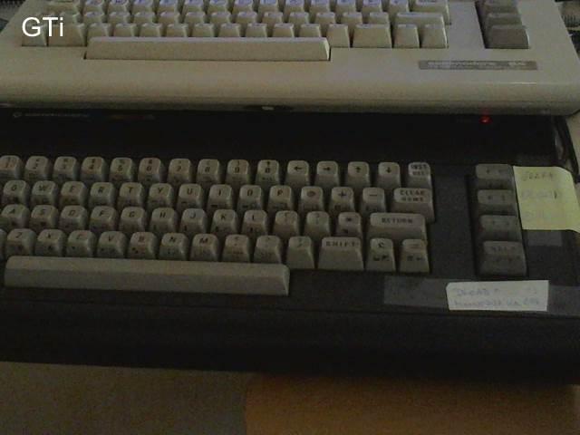GTibel: Ghosts N Goblins (Commodore 16/Plus4) 12,400 points on 2017-08-28 06:02:40