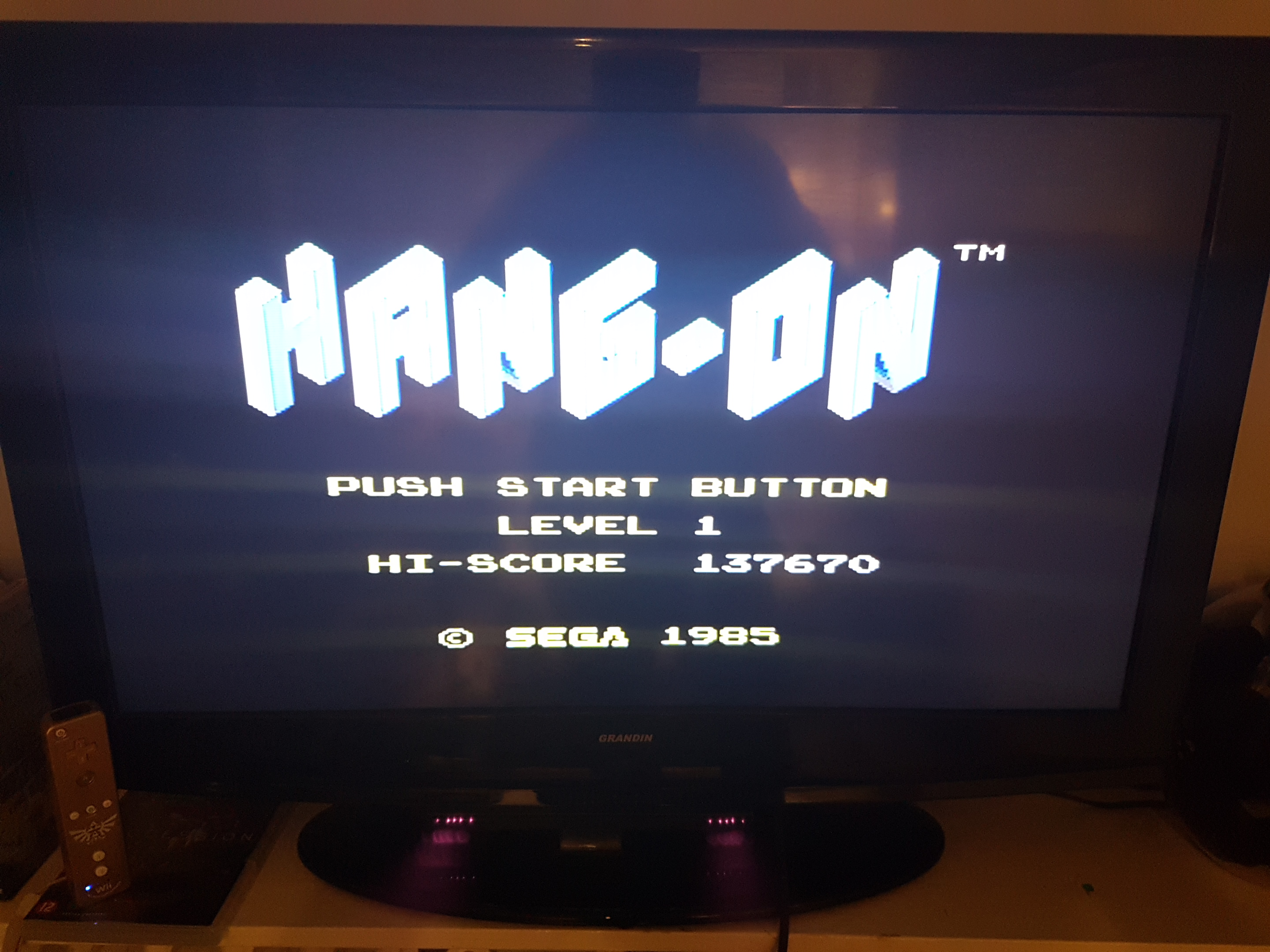 EddieNiceguy: Hang On (Sega Master System Emulated) 137,670 points on 2019-01-11 15:51:44