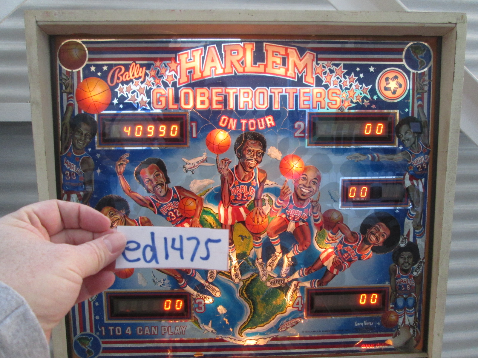 ed1475: Harlem Globetrotters On Tour (Pinball: 3 Balls) 40,990 points on 2017-01-15 16:15:11